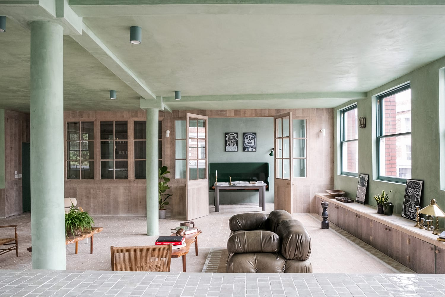 Converted Loft in the Heart of Shoreditch, East London by Chan & Eayrs   Yellowtrace