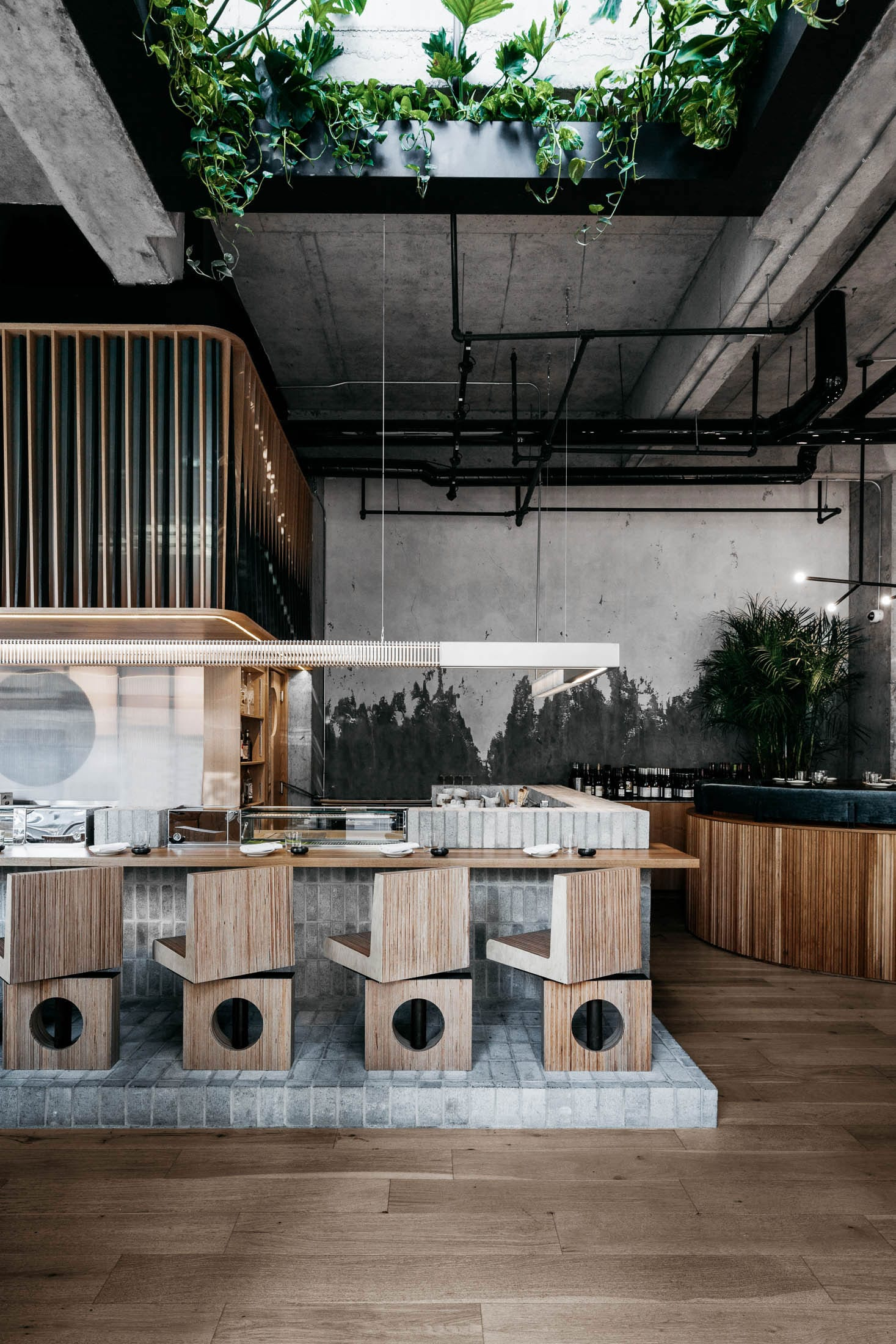 RYU Japanese Restaurant by Ménard Dworkind in Westmount, Canada | Yellowtrace