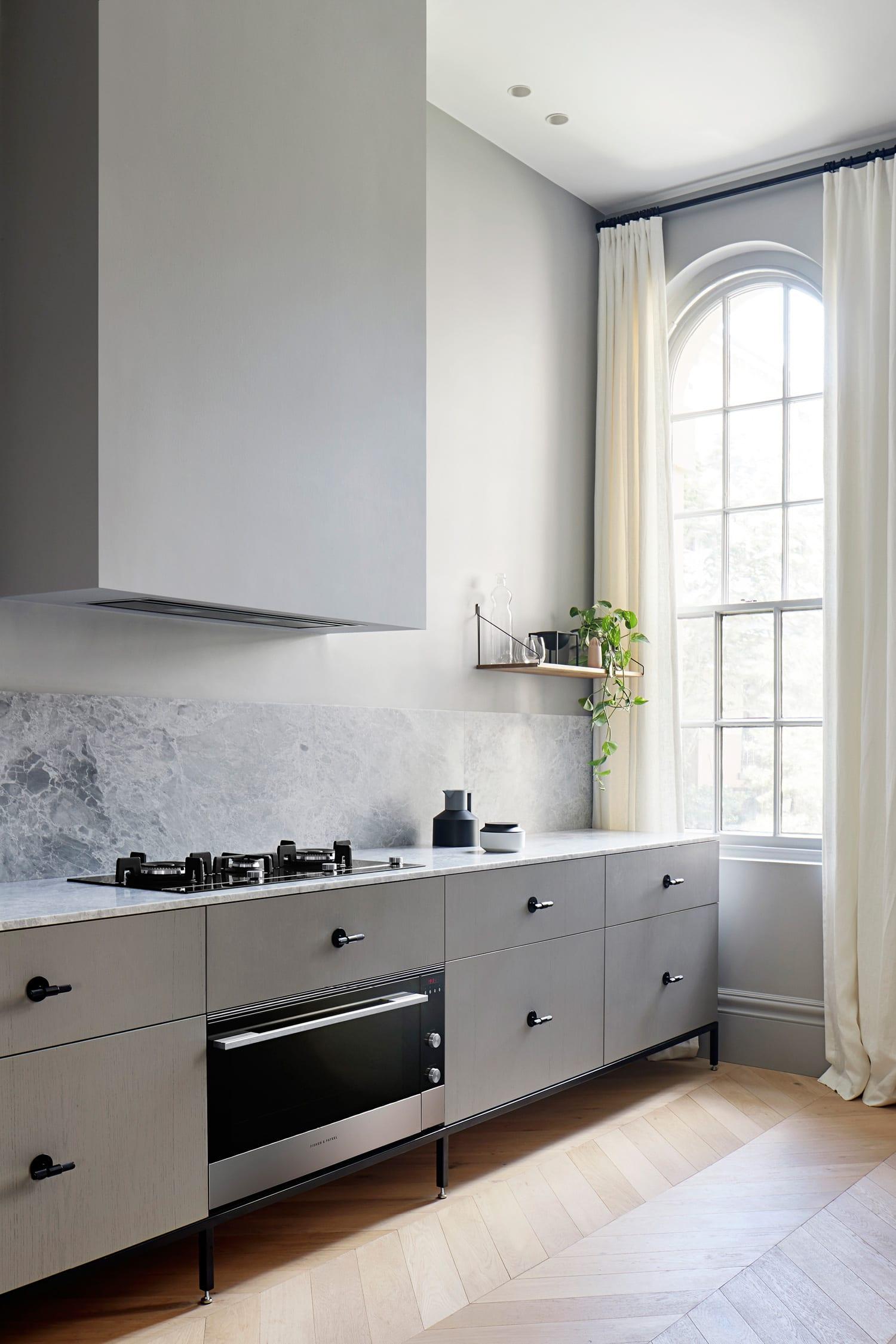 Sarah Wolfendale's Kew Apartment Set Inside a Former Lunatic Asylum | Yellowtrace
