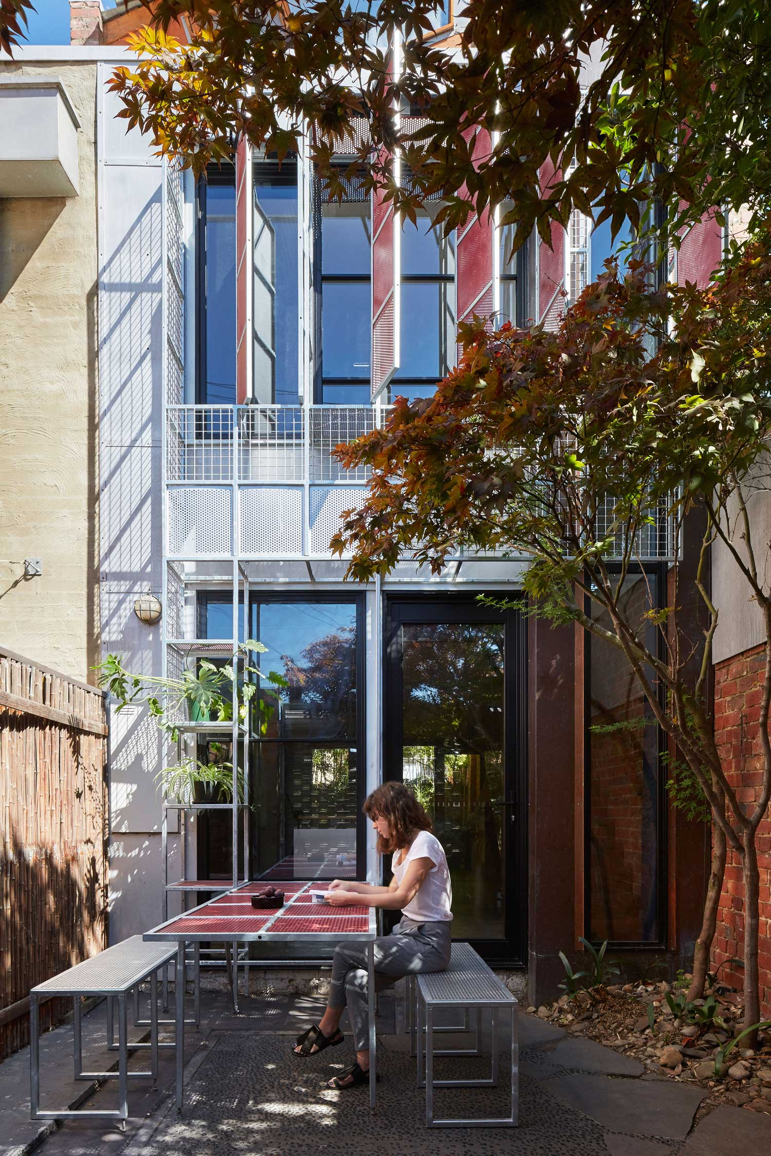 Veil House, Single Dwelling by Sibling Architecture | Yellowtrace