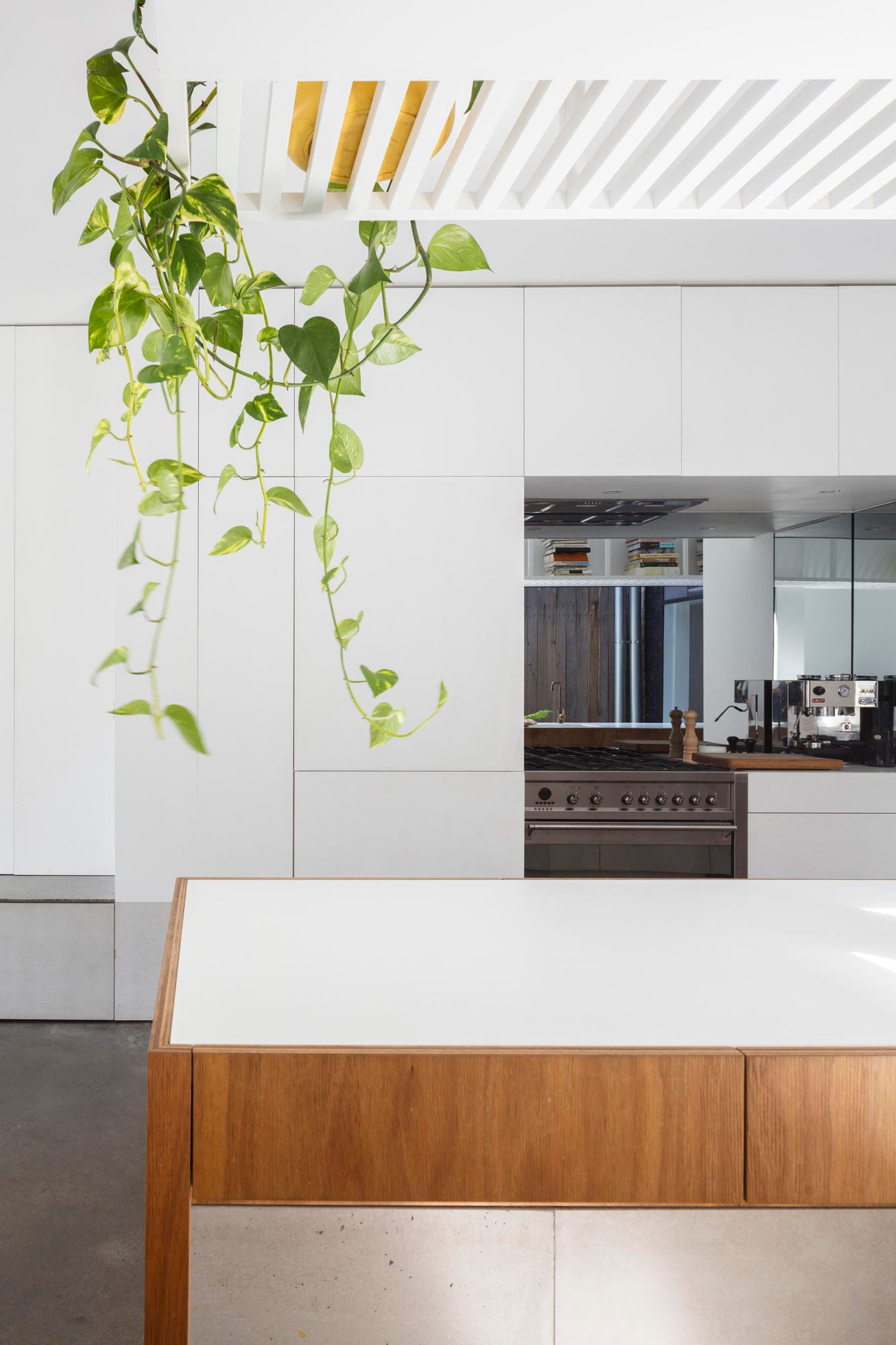 1 of 16 House, Sydney by panovscott | Yellowtrace