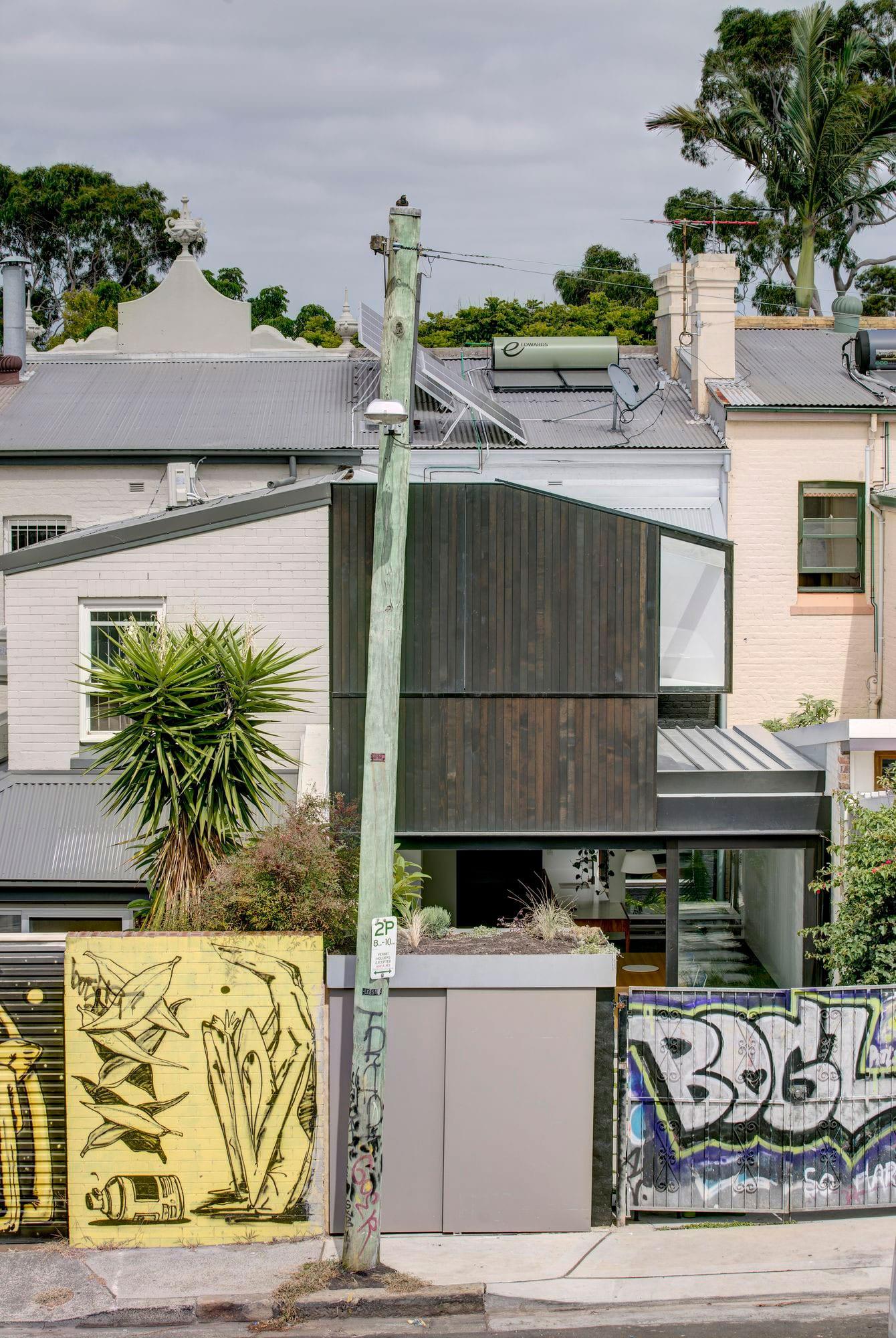 1 of 16 House, Sydney by panovscott   Yellowtrace