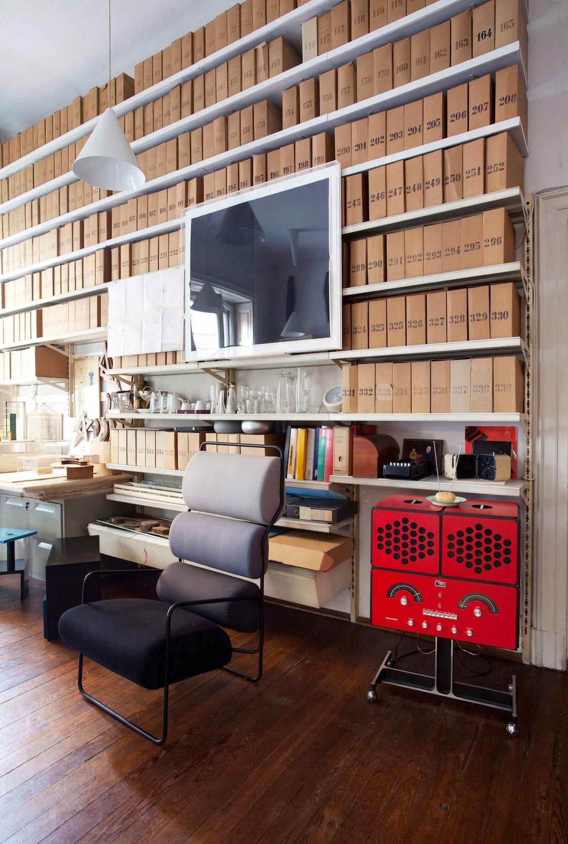 Brionvega RR126 Radiofonografo Fondazione designed by Achille Castiglioni | Yellowtrace