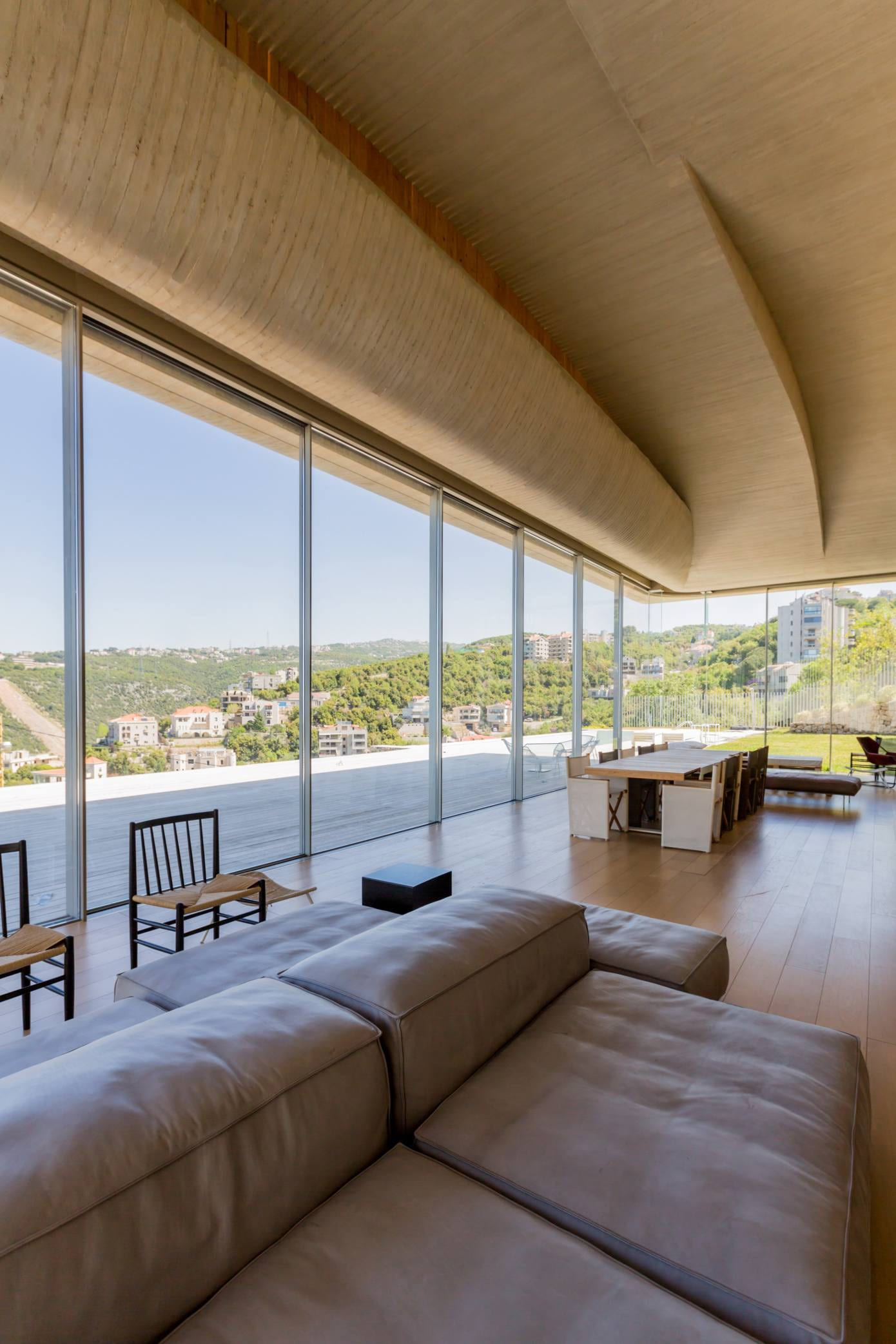 VR Villa in Beirut, Lebanon by Youssef Tohme Architects and Associates | Yellowtrace