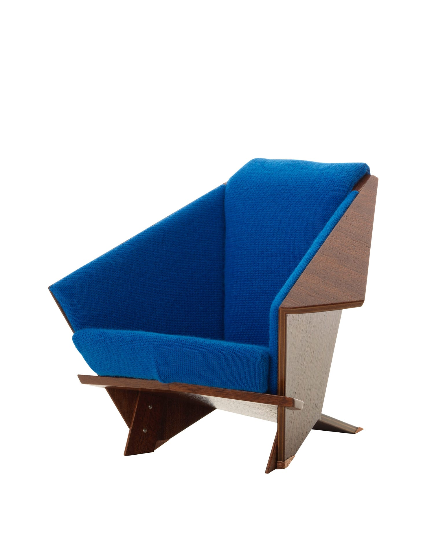 Vitra Miniatures Taliesin West Armchair Living Edge | Yellowtrace