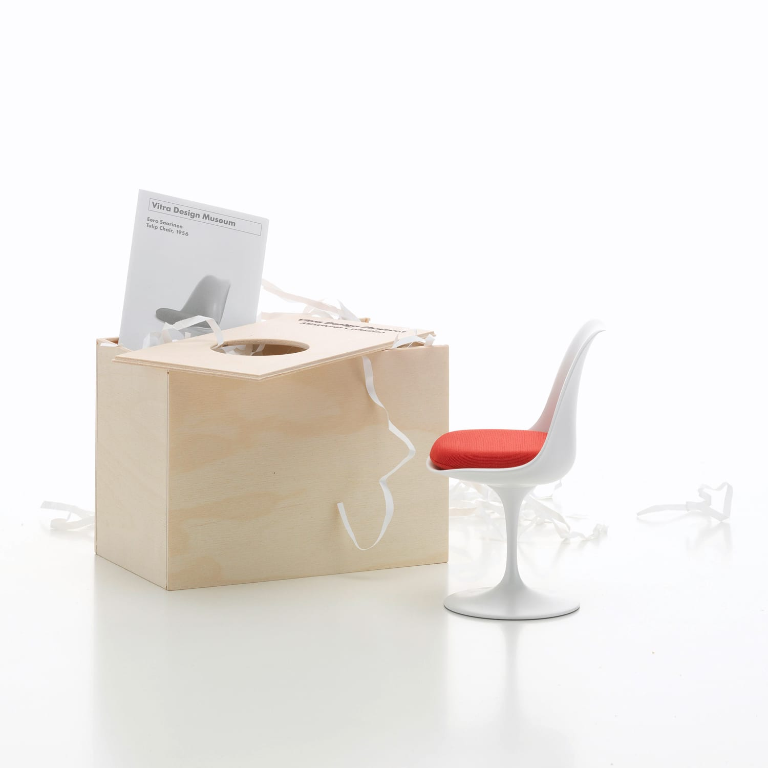 Vitra Miniatures Tulip Chair Living Edge | Yellowtrace