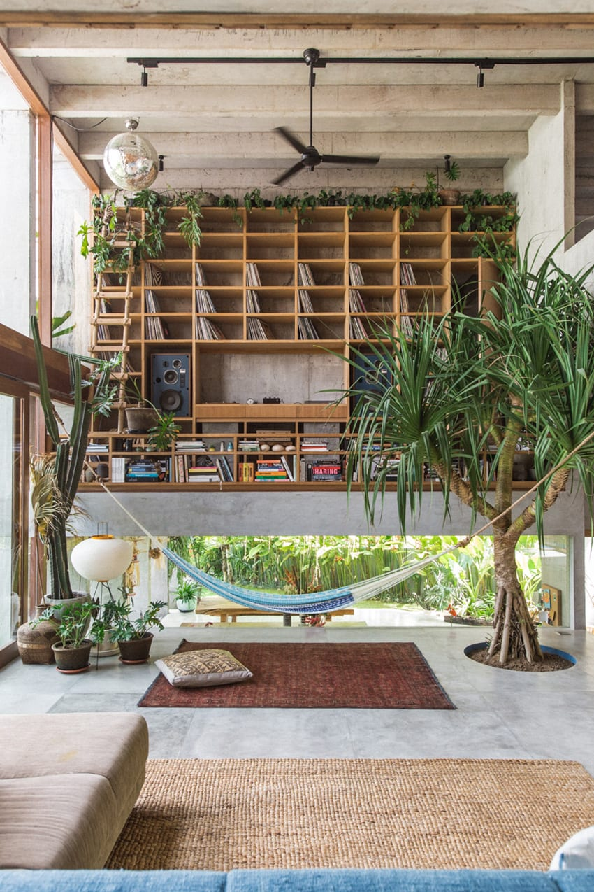Daniel Mitchell's Concrete House in Bali by Patishandika | Yellowtrace