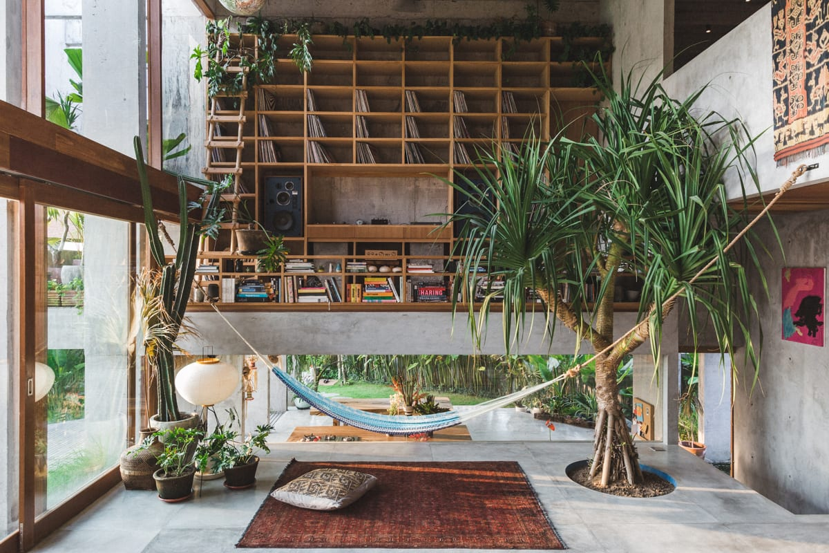 Concrete House in Bali by Patishandika | Yellowtrace