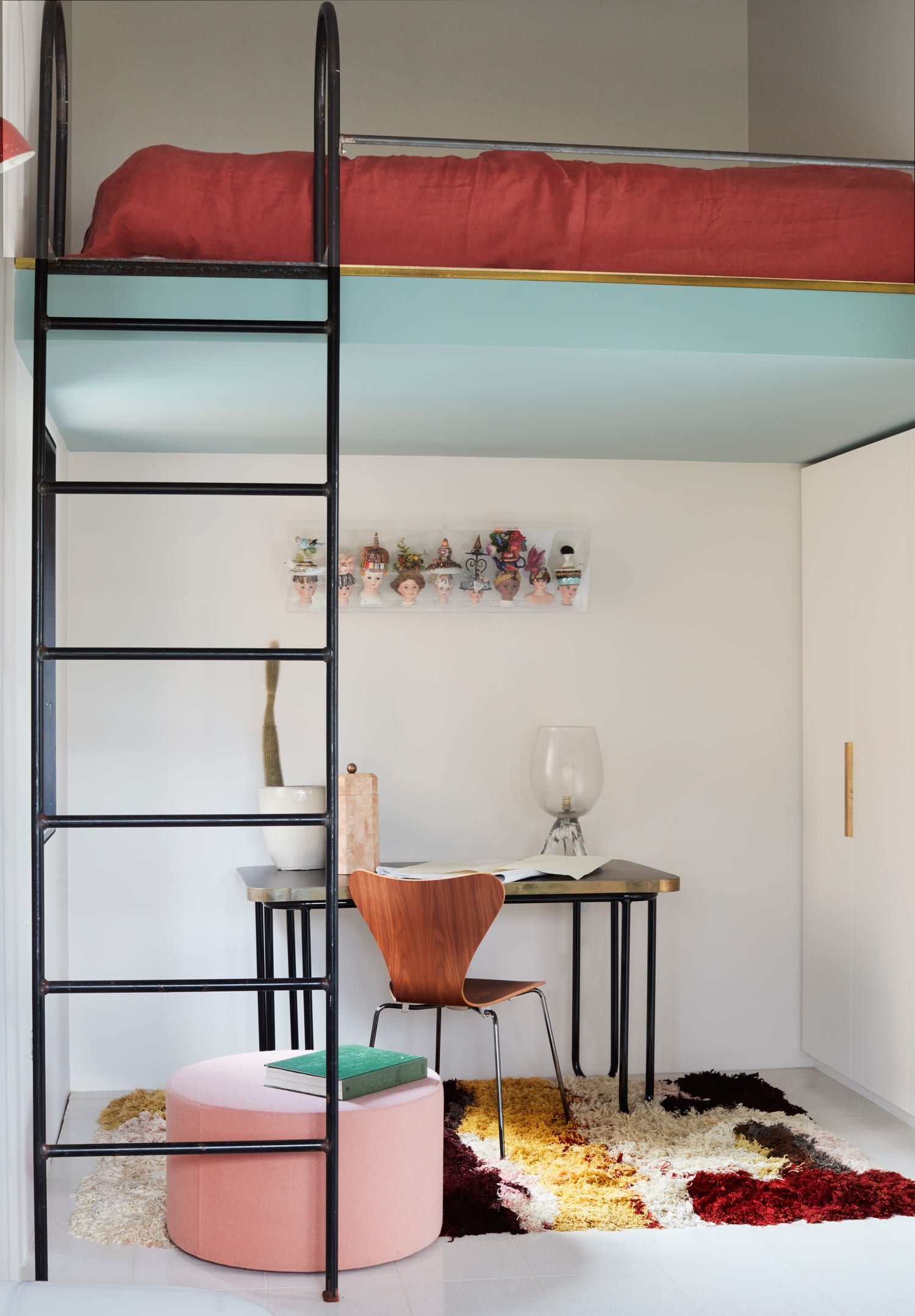 Polychrome House in Cronulla, Sydney by Amber Road | Yellowtrace