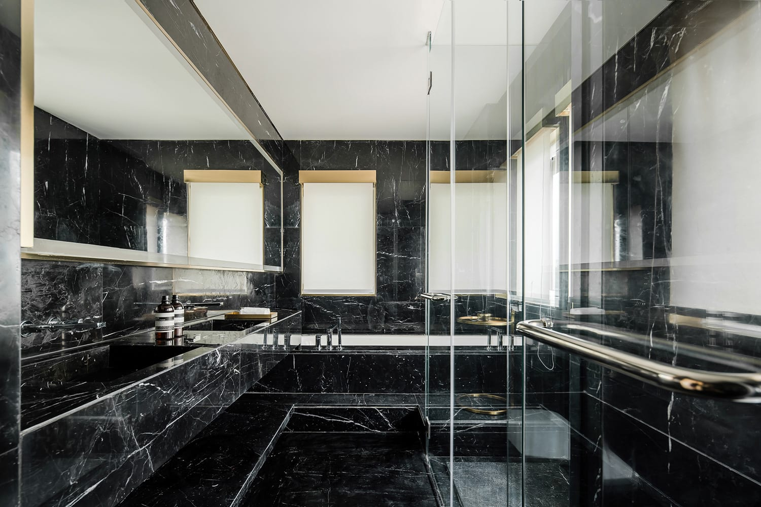 Tianjin Binhai Bay Fortune Center Residential Display Suite by Co-Direction Design | Yellowtrace