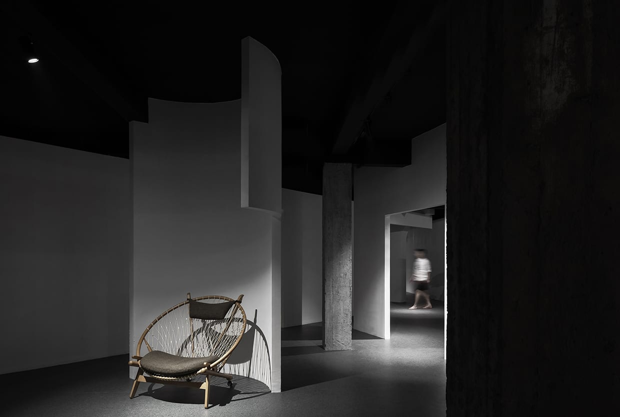 Dreams-Chasing Furniture Showroom in Guangdong, China by ADARCHITECTURE | Yellowtrace