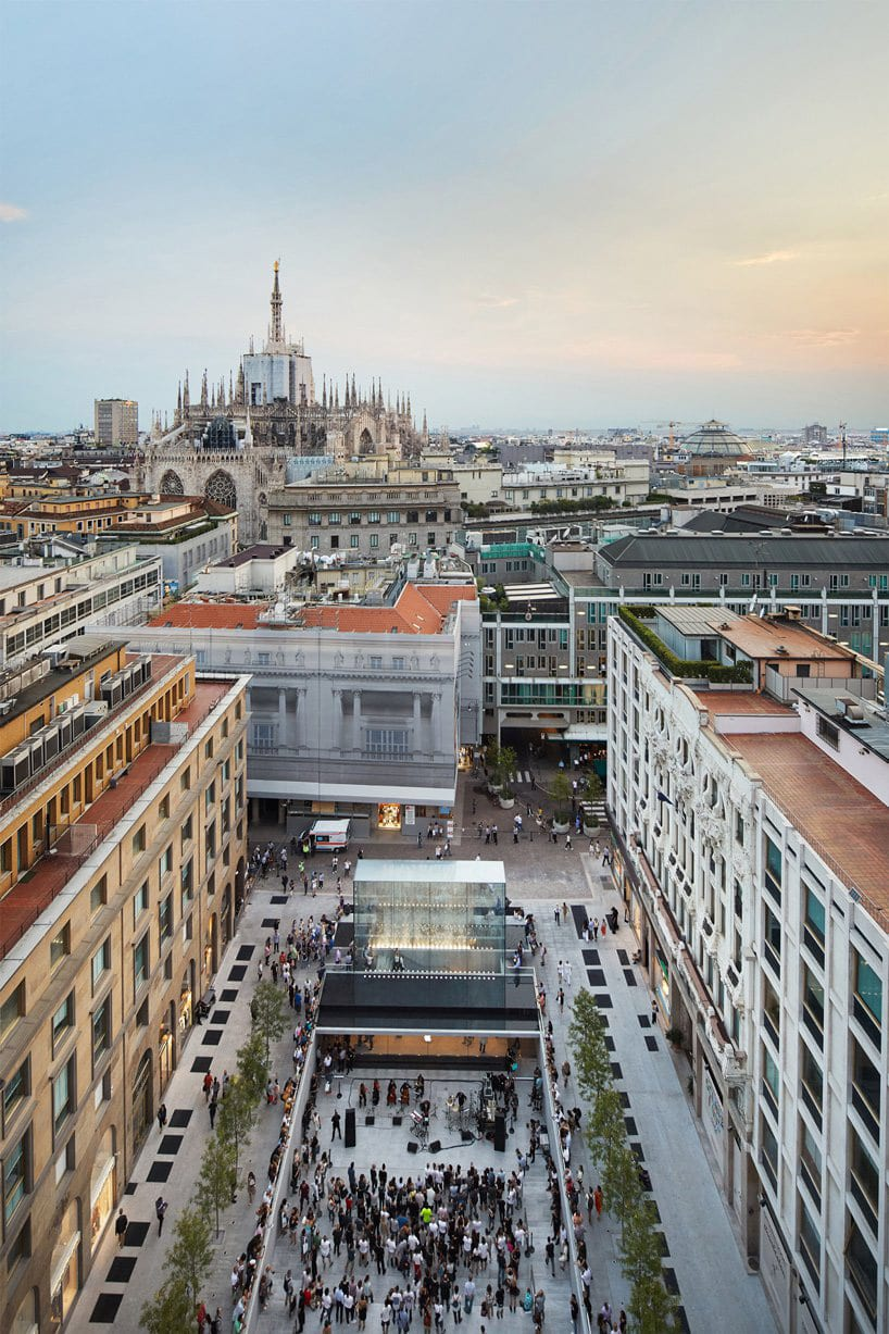 Milan Apple Store Piazza Liberty Italy by Foster Partners | Yellowtrace