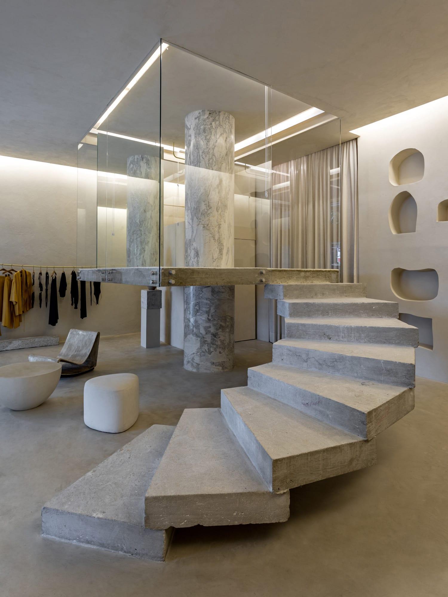 Organic Brutalism: Haight Fashion Store in Rio de Janeiro, Brazil by MNMA Studio | Yellowtrace
