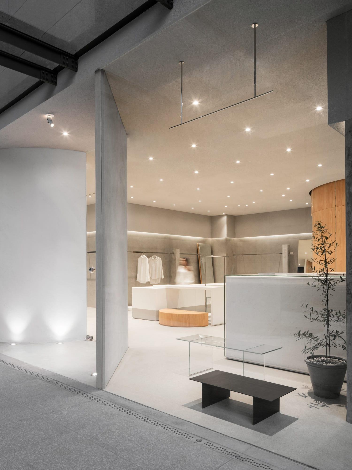 The Ilma Showroom by Studio LABOTORY   Yellowtrace