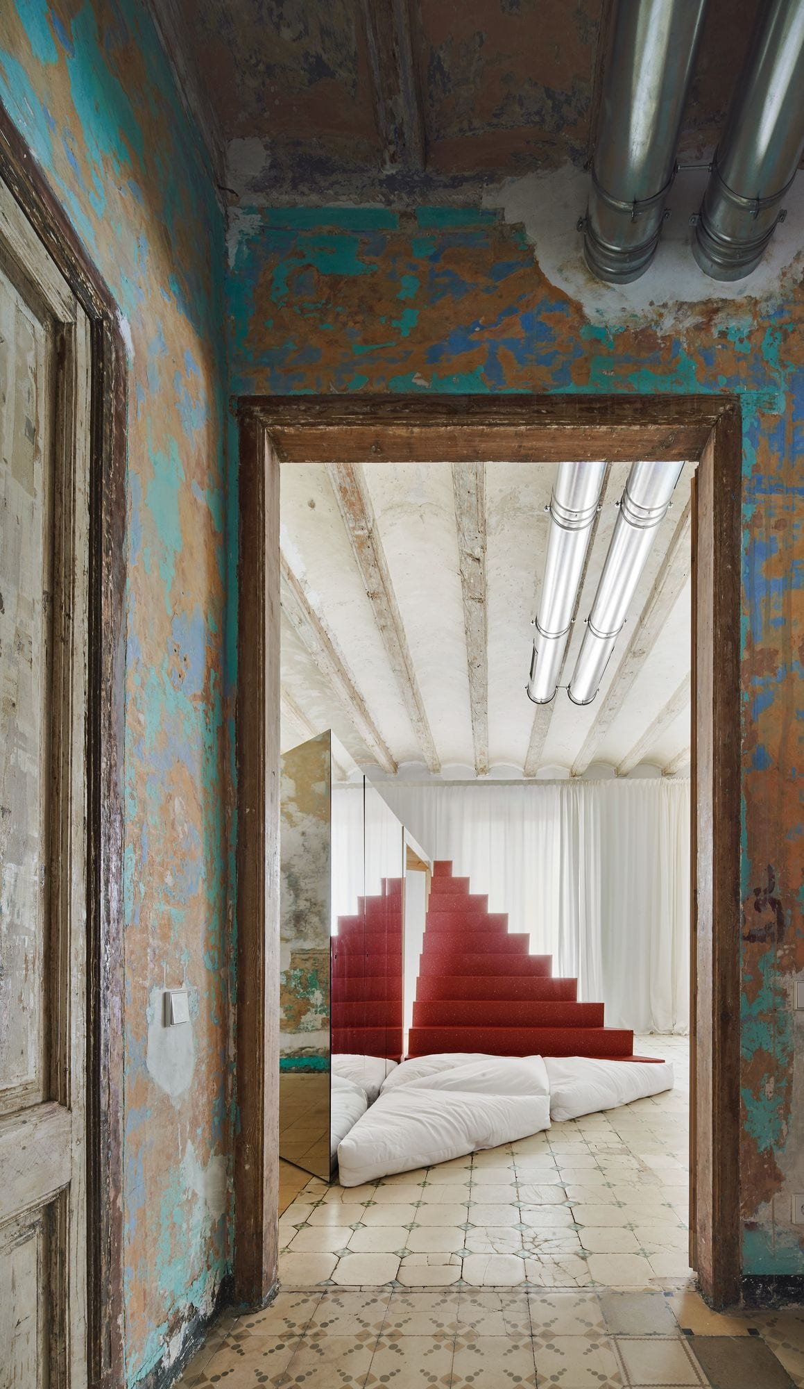 Transforming Room For Child Inside Barcelona Apartment By P M A A Yellowtrace 01