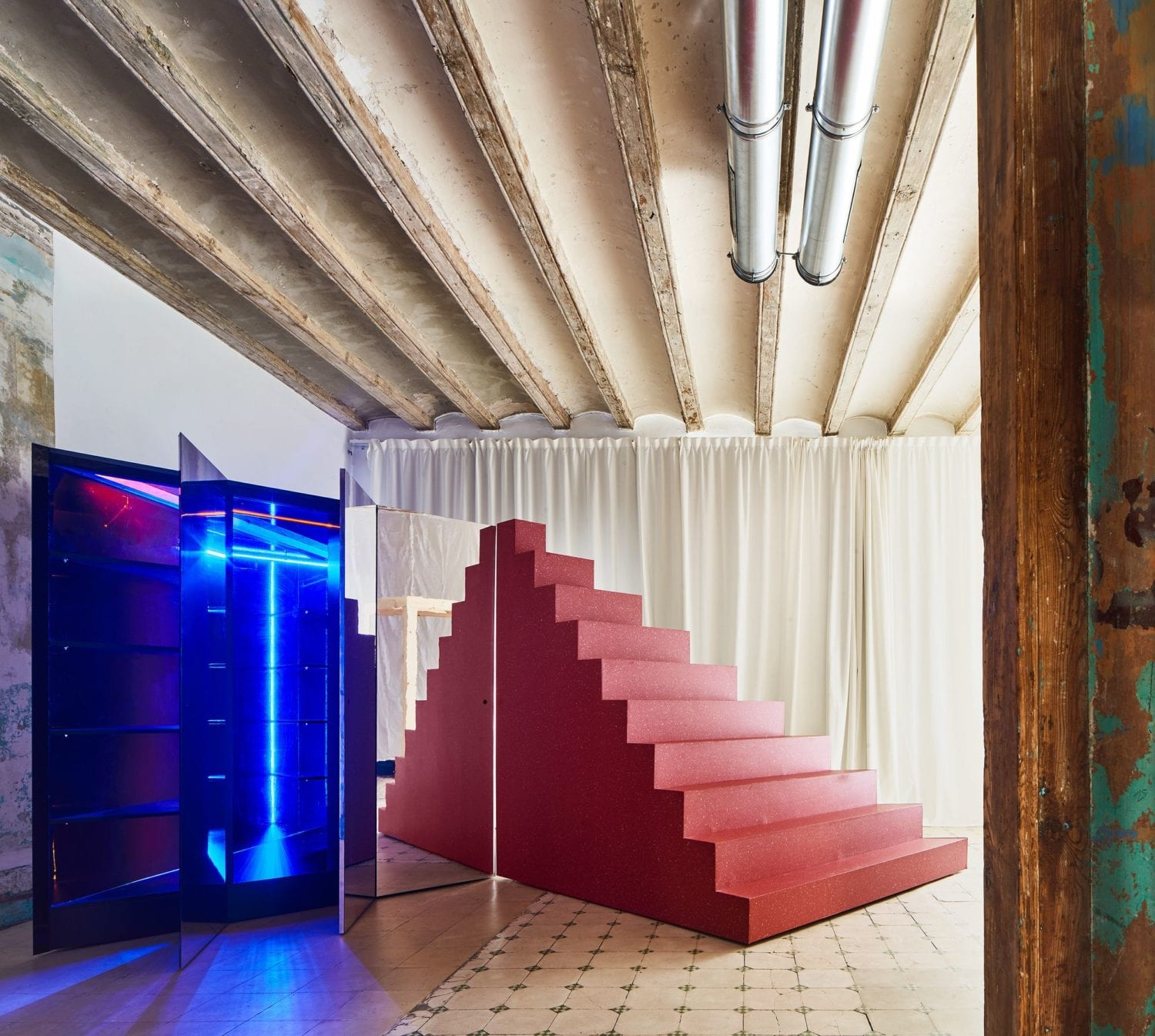 Transforming Room For Child Inside Barcelona Apartment By P M A A Yellowtrace 09