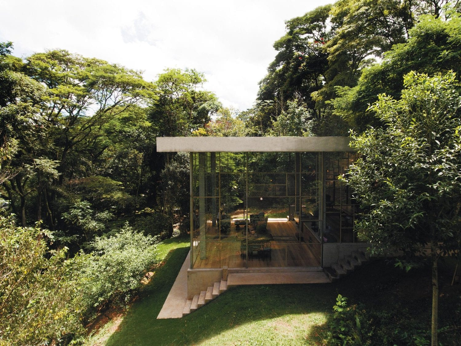 Library House (Casa Biblioteca) in Vinhedo, Brazil by Atelier Branco | Yellowtrace