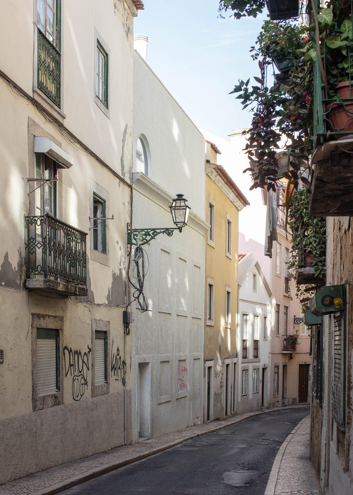 Dodged House In Lisbon By Leopold Banchini Daniel Zamarbide Yellowtrace 05