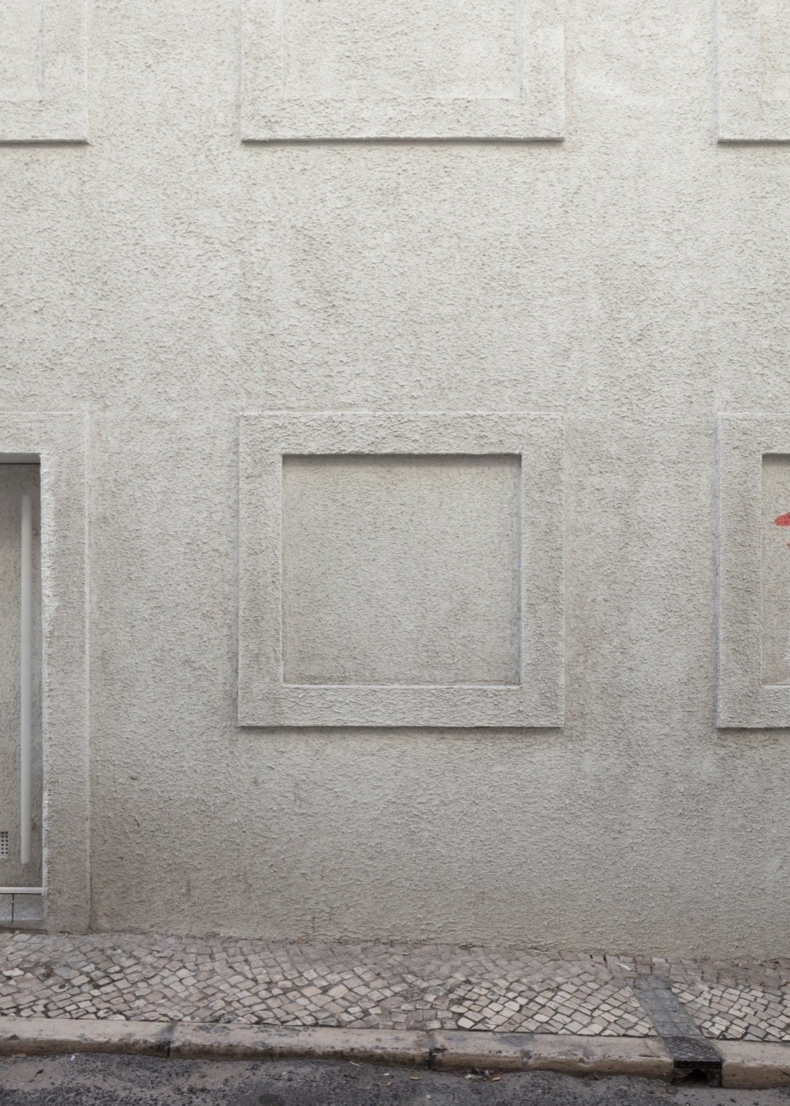 Dodged House In Lisbon By Leopold Banchini Daniel Zamarbide Yellowtrace 06