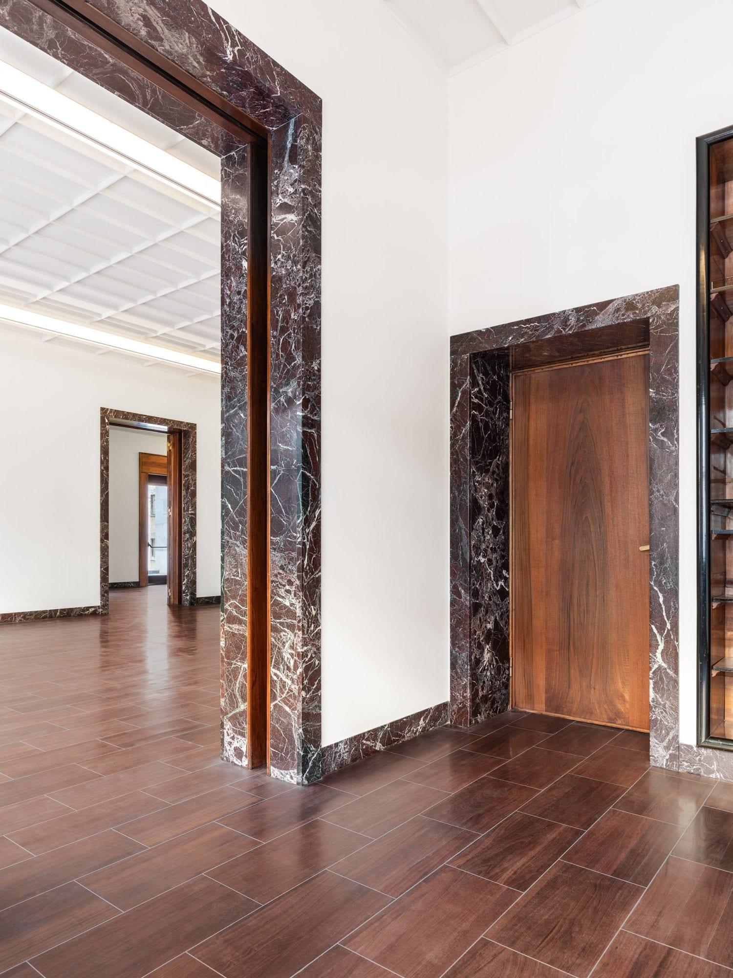 1930s Piero Portaluppi Milan Apartment Transformed Into Massimo De Carlo Gallery By Studio Binocle And Antonio Citterio | Yellowtrace