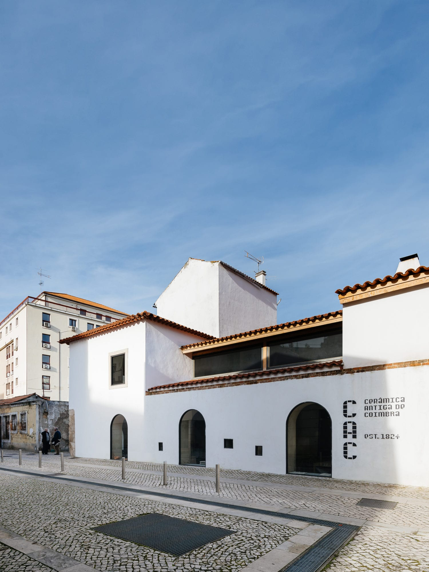 Luisa Bebiano And Atelier Do Corvo Renovation Old Ceramic Society Of Coimbra 18th Century Building Yellowtrace 01