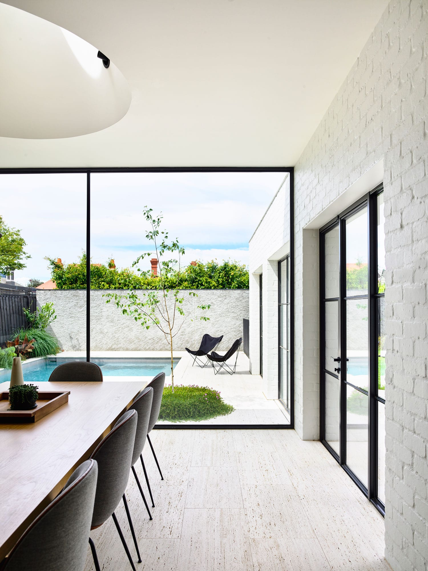 Malvern House, Melbourne by Kennedy Nolan | Yellowtrace