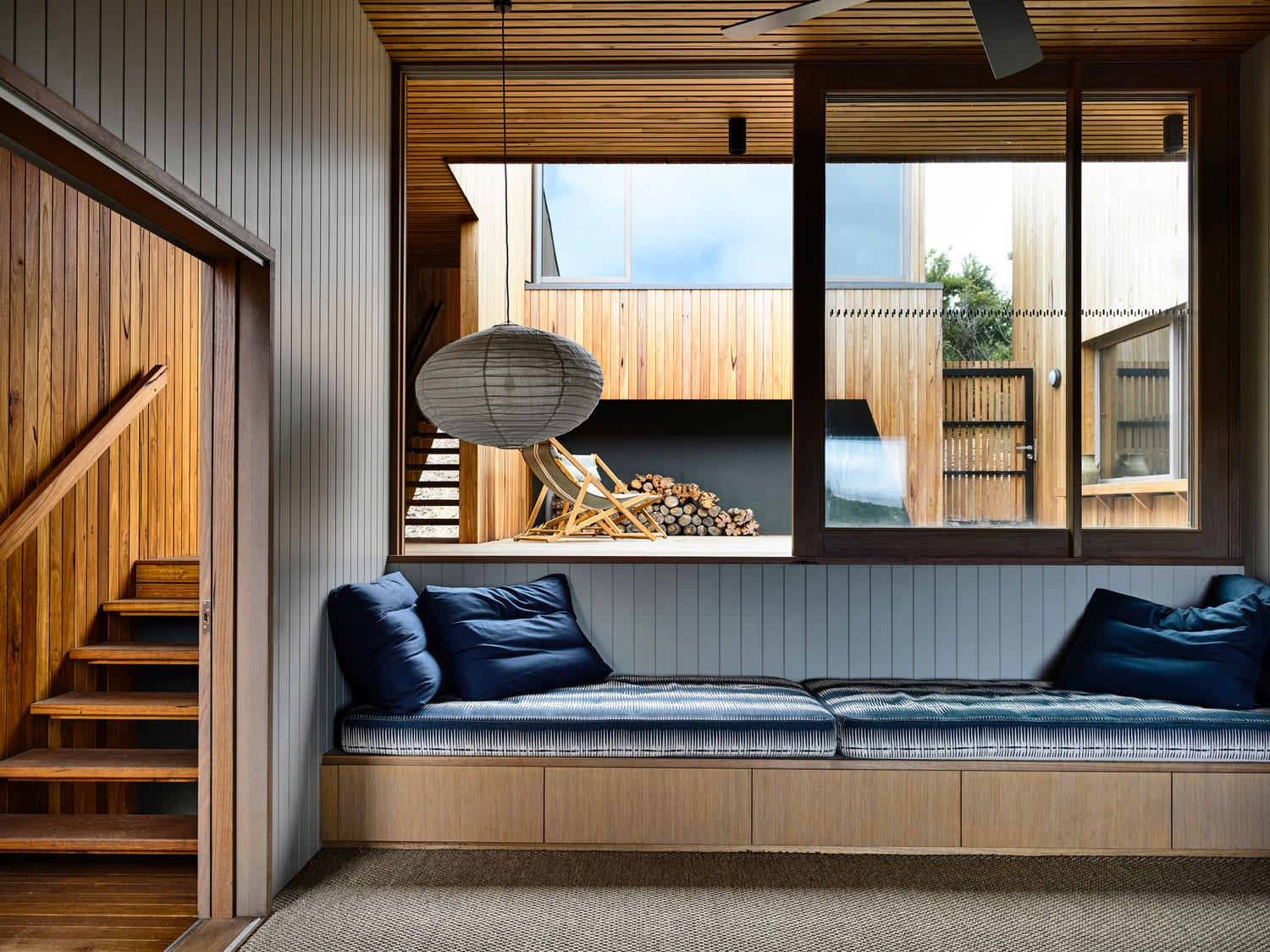 Sandy Point House, Melbourne by Kennedy Nolan | Yellowtrace