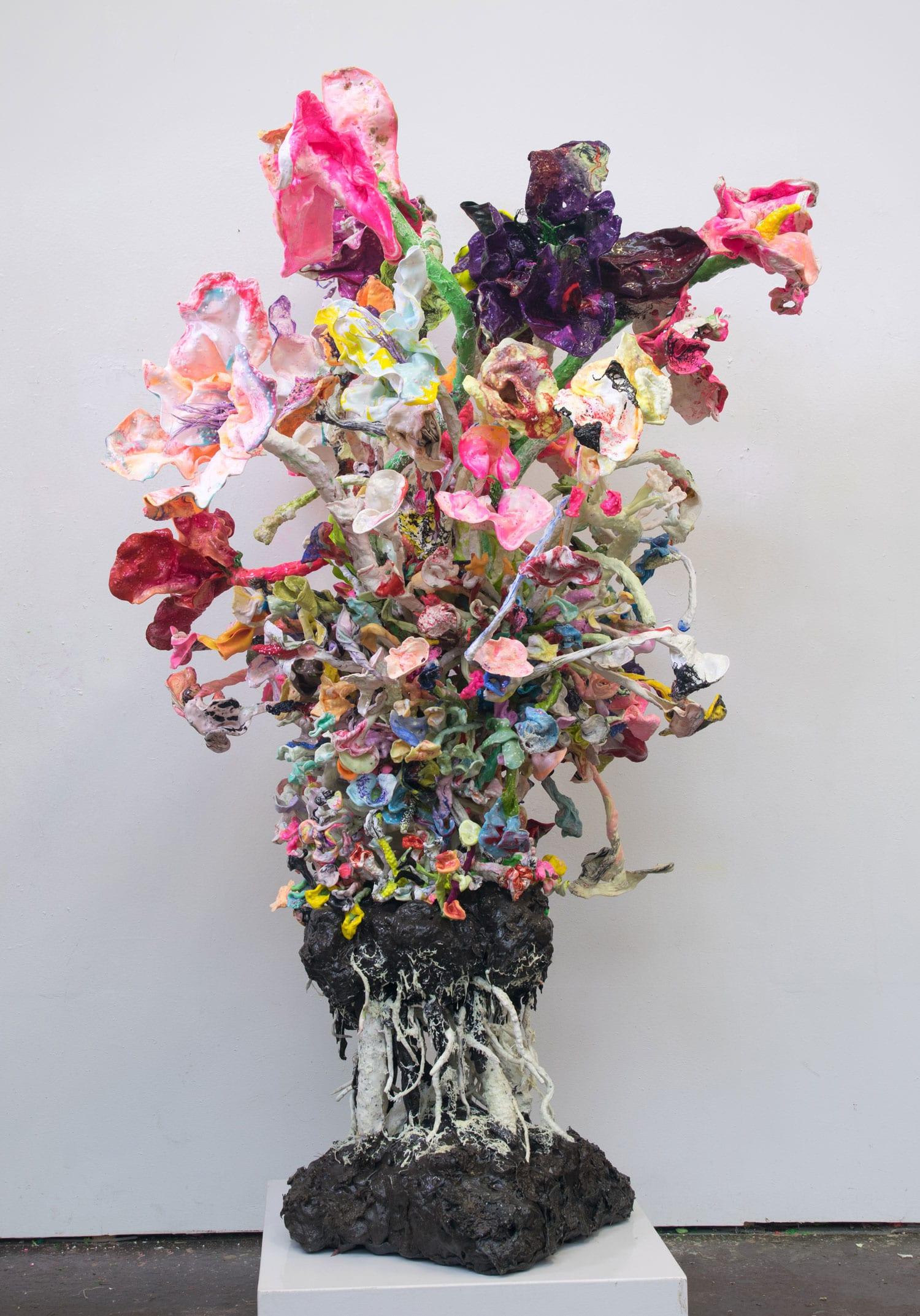 Oil Plastic Sculptures by Stefan Gross | Yellowtrace