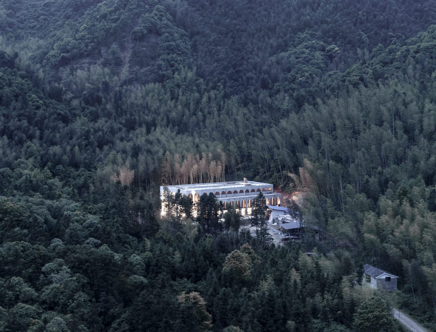 AZL Architects Renovate an Old Kiln Building in China | Yellowtrace