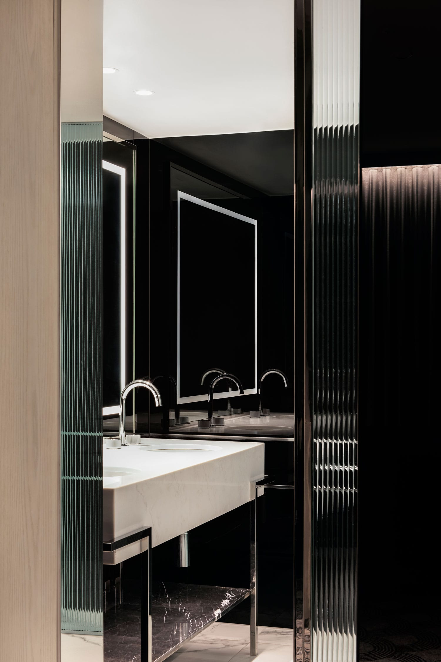 The Royce Hotel in St Kilda, Melbourne by SJB   Yellowtrace