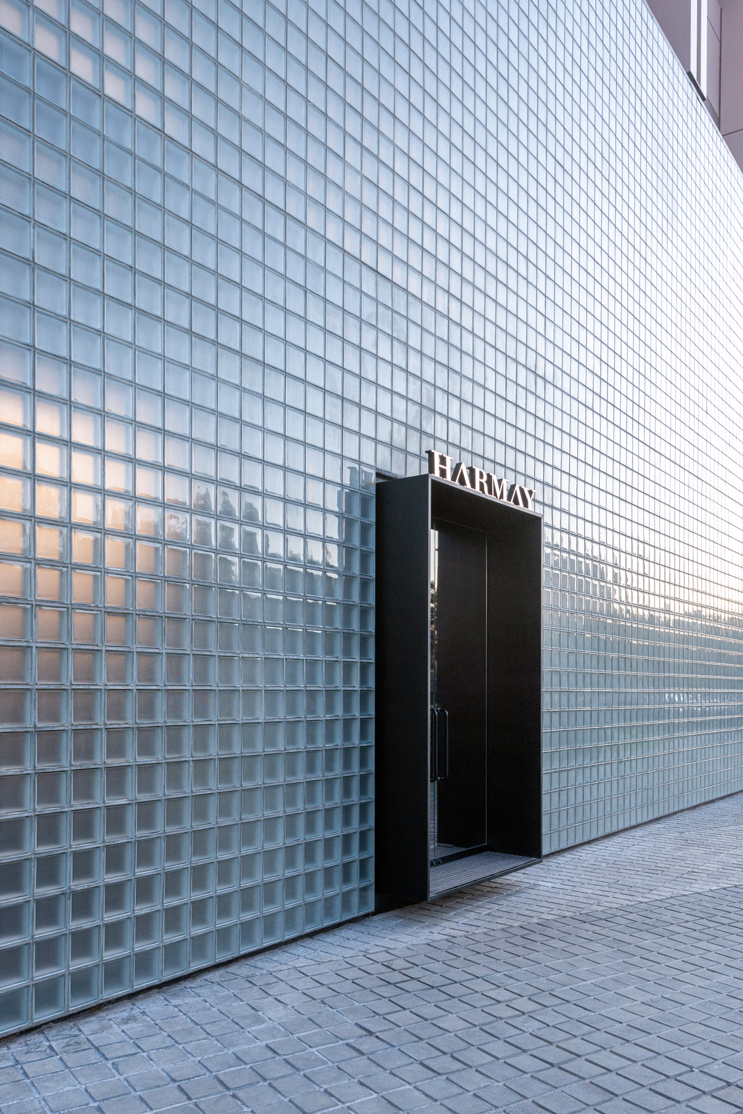 HARMAY Beijing Flagship by AIM Architecture | Yellowtrace