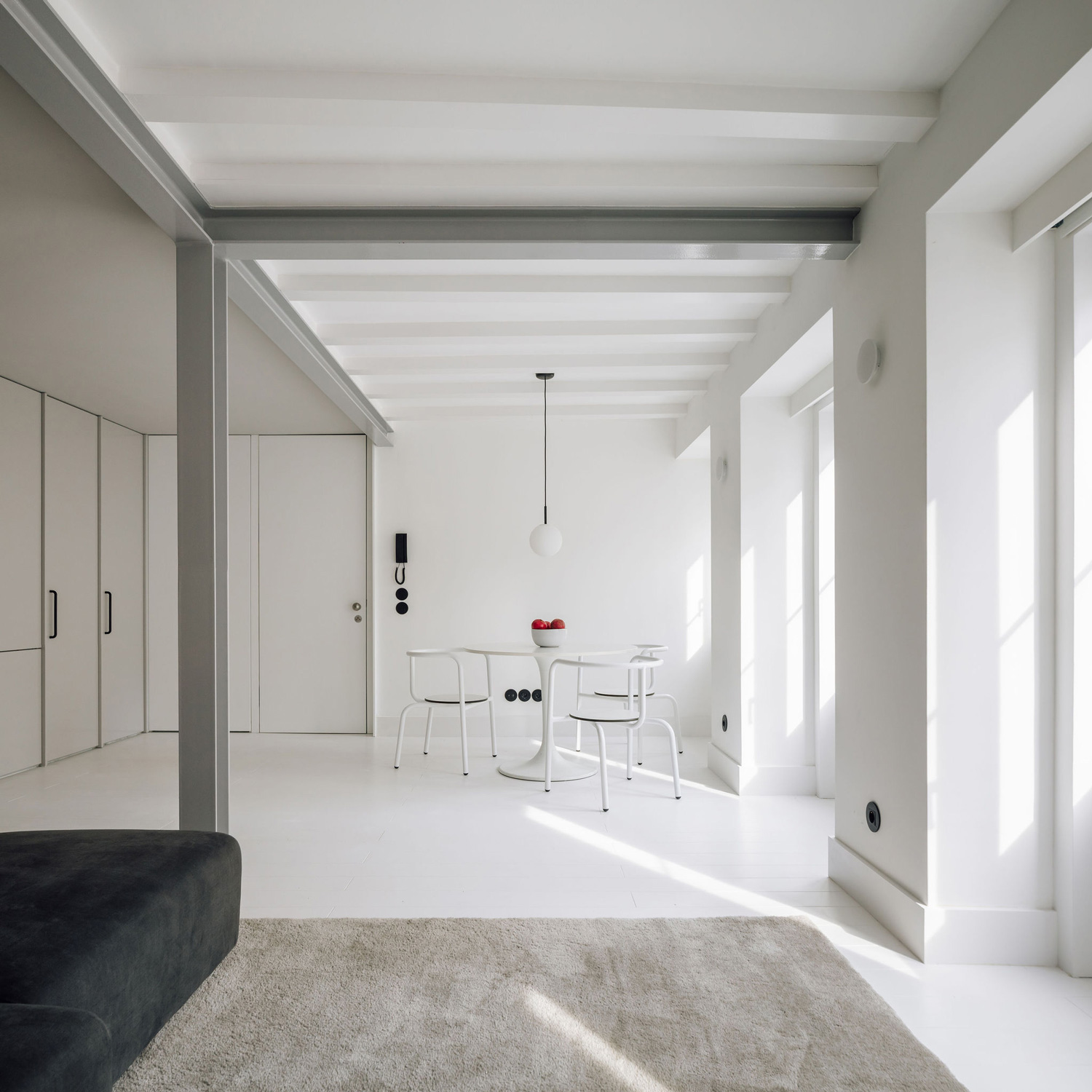 RGM 46 Apartment in Lisbon by DC.AD studio | Yellowtrace