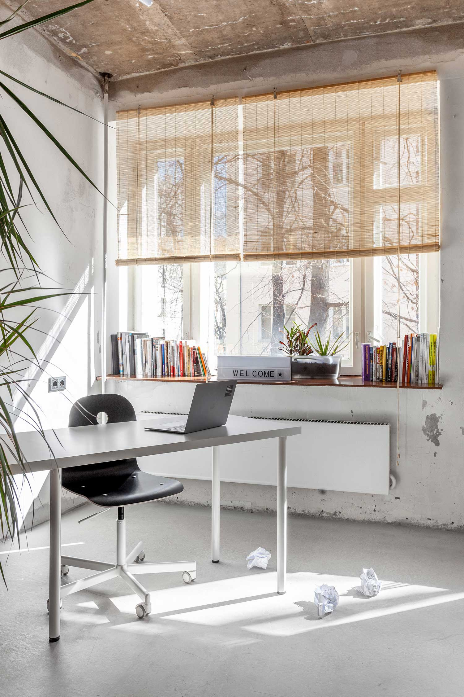 PR Agency's Moscow Office by Dvekati.