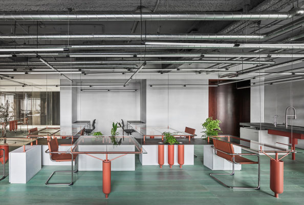 3 Plexiglas Bijzettafeltjes.Milan Design Week Salone Del Mobile 2016 Preview