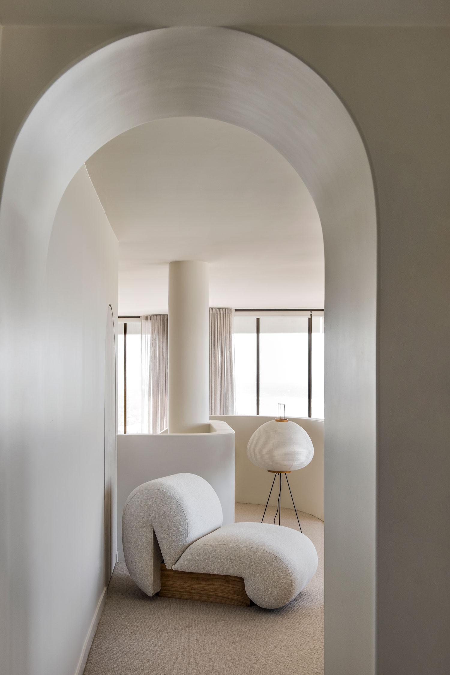 Penthouse M in Gold Coast, Australian Apartment Interiors, Cjh Studio | Yellowtrace