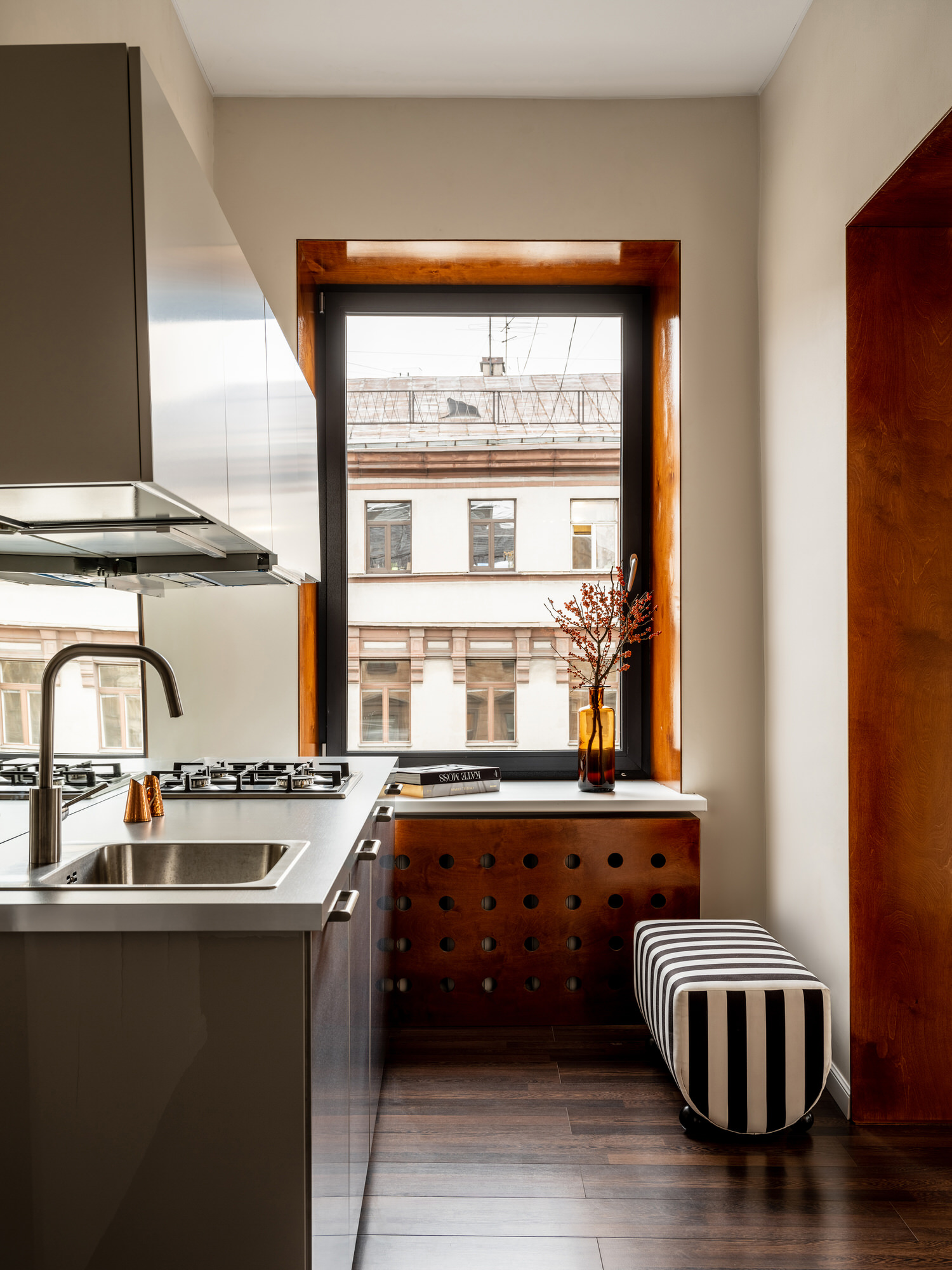 Historical Apartment Renovation in Saint Petersburg, Russia by Tim Veresnovsky, Photo Mikhail Loskutov | Yellowtrace
