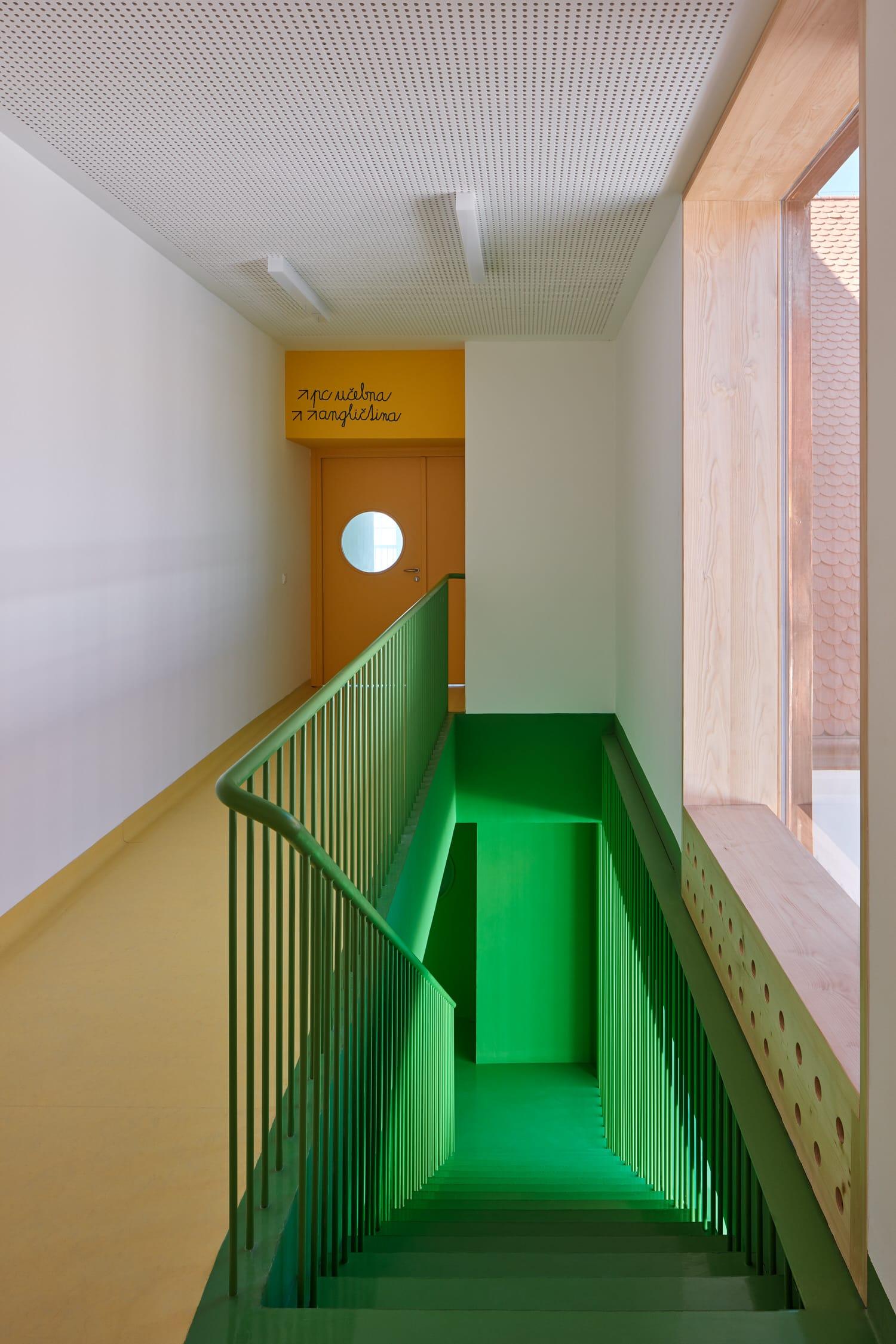 Primary School Vresovice by Public Atelier and Fuuze, Education Interiors, Photo BoysPlayNice | Yellowtrace