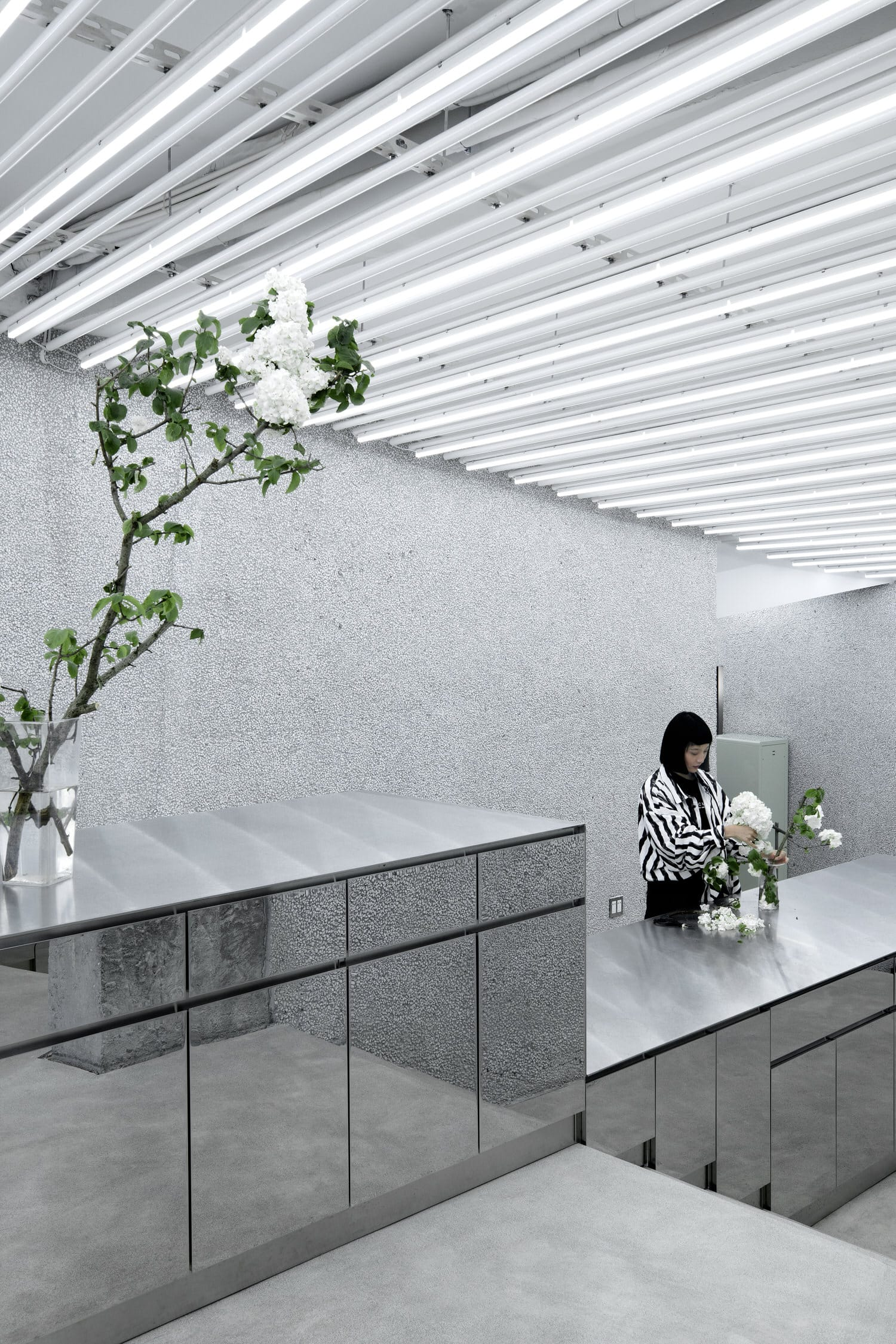 R Society Floral Art Atelier, Yixing, China, 0321 Studio Retail Design Trends | Yellowtrace