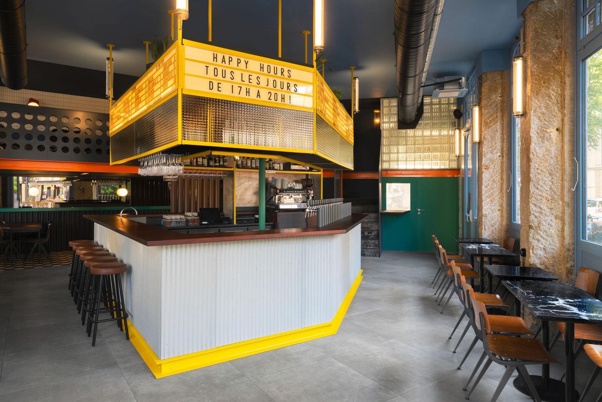 La Raffinerie Modernist Beer Bar In Lyon By Un Studio Yellowtrace