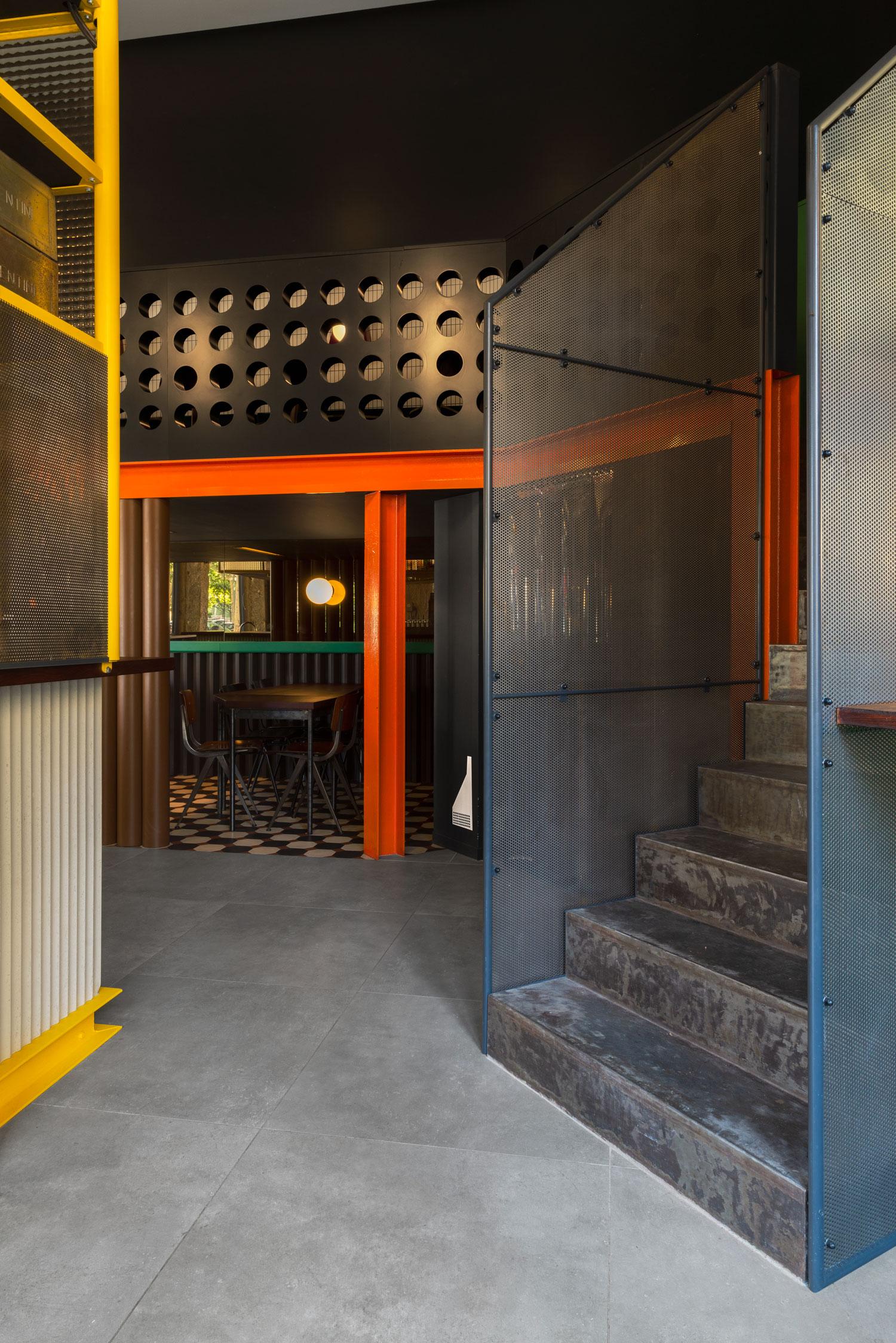 La Raffinerie Modernist Beer Bar in Lyon by Un Studio.