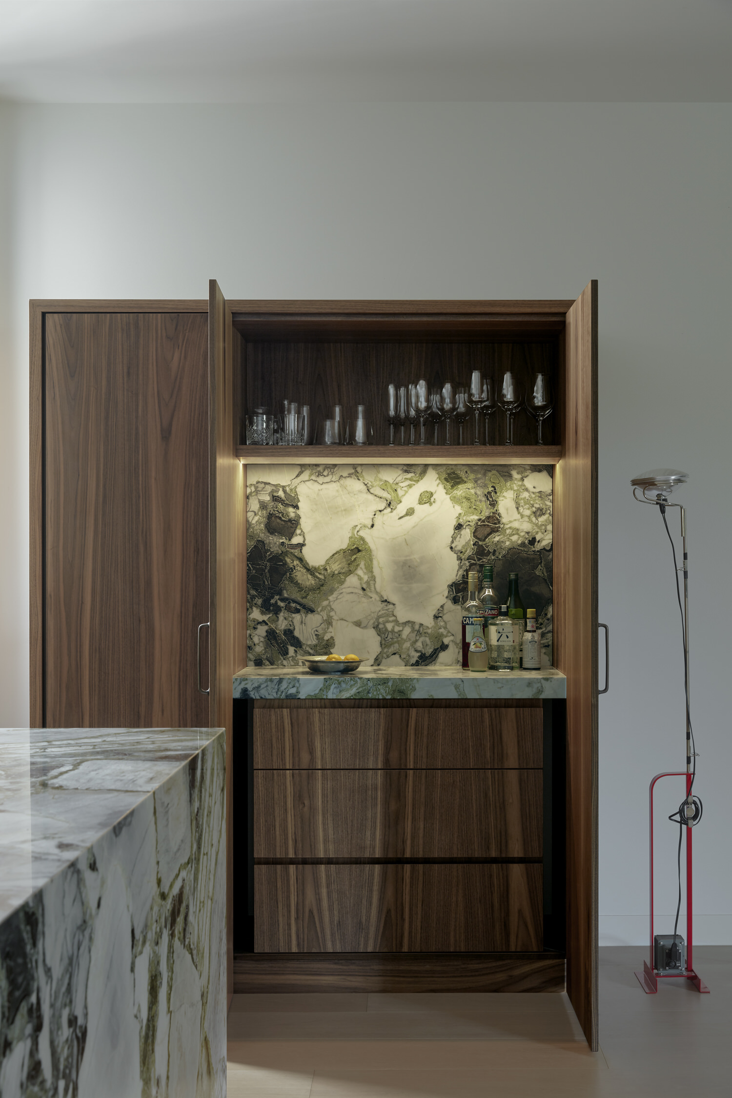 St Kilda Apartment, Fiona Lynch Office, Australian Interiors, Photo Tom Ross | Yellowtrace