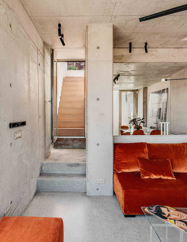 Barbara Appolloni, Shoebox House Barcelona, Residential Design, Photo Christopher Stark | Yellowtrace