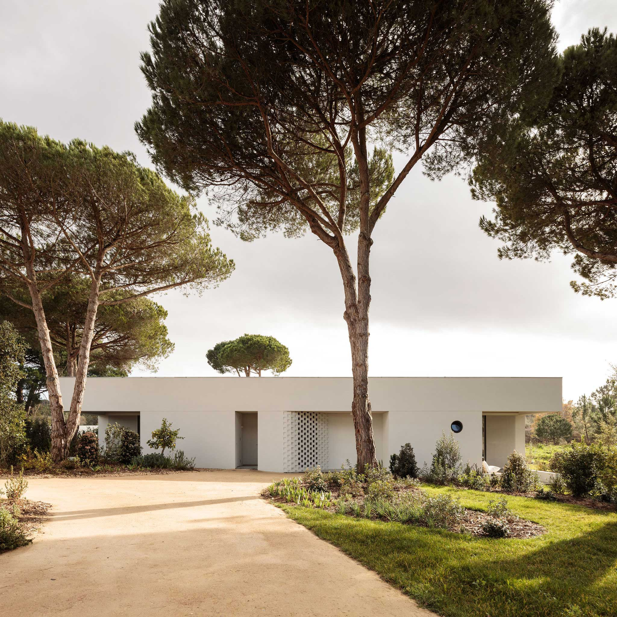 Casa Meco Holiday House in Meco, Portugal by Atelier Rua.