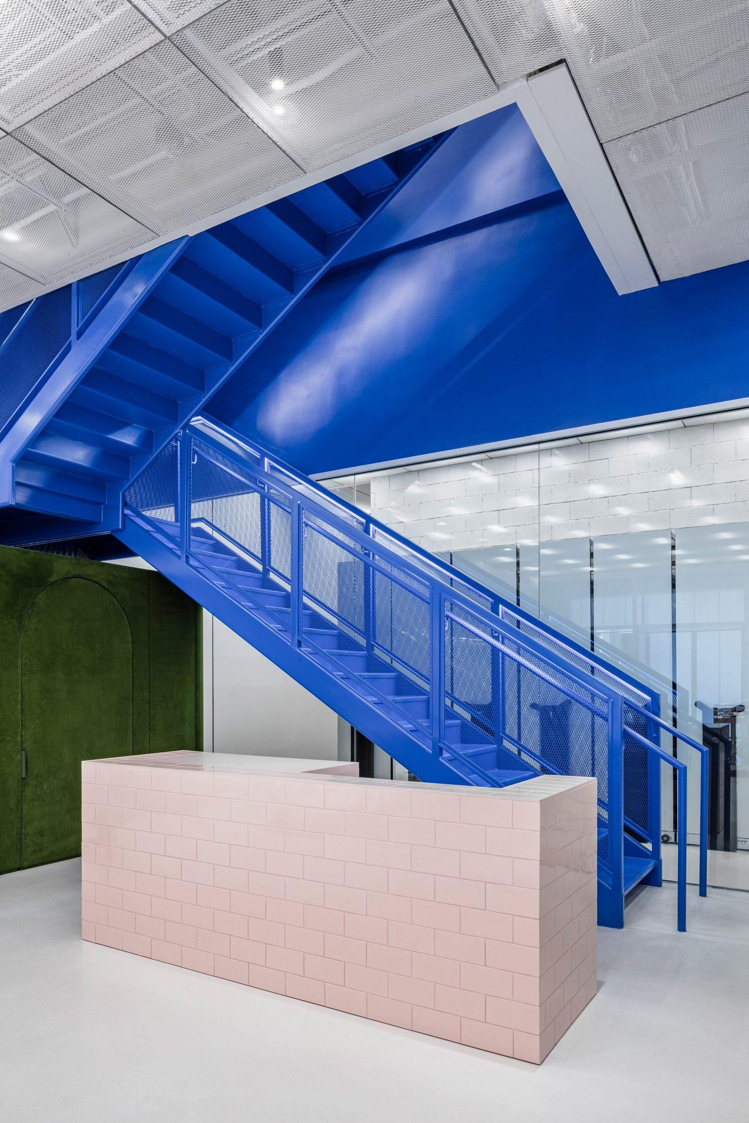 Virgil Abloh's Miami Off-White™ Flexible Flagship Store Designed with AMO.
