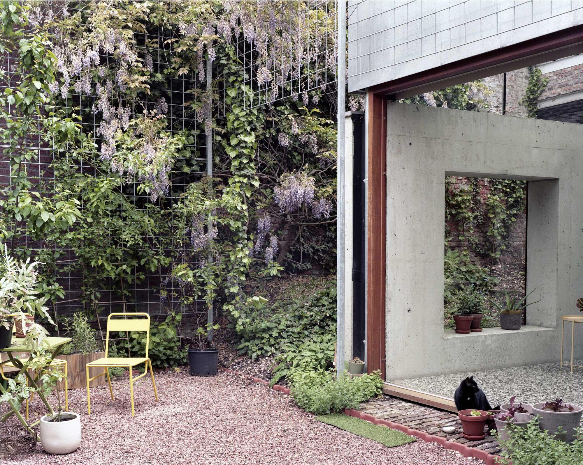 51n4e, Room In The City, Leuven, Belgium Architecture, Biophilic Design, Photo Maxime Delvaux | Yellowtrace