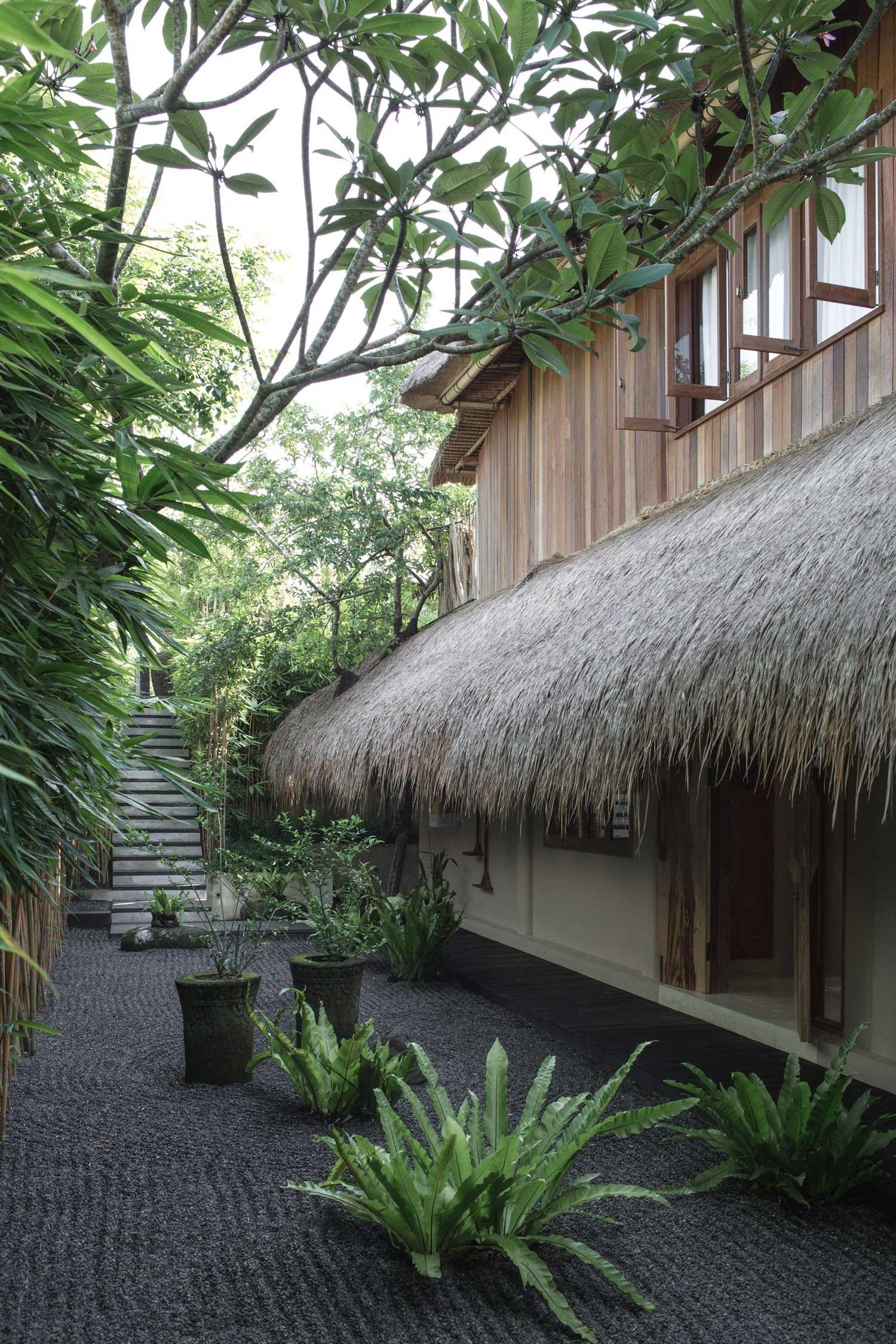 Rumah Purnama Villa in Ubud, Bali by Studio Jencquel.