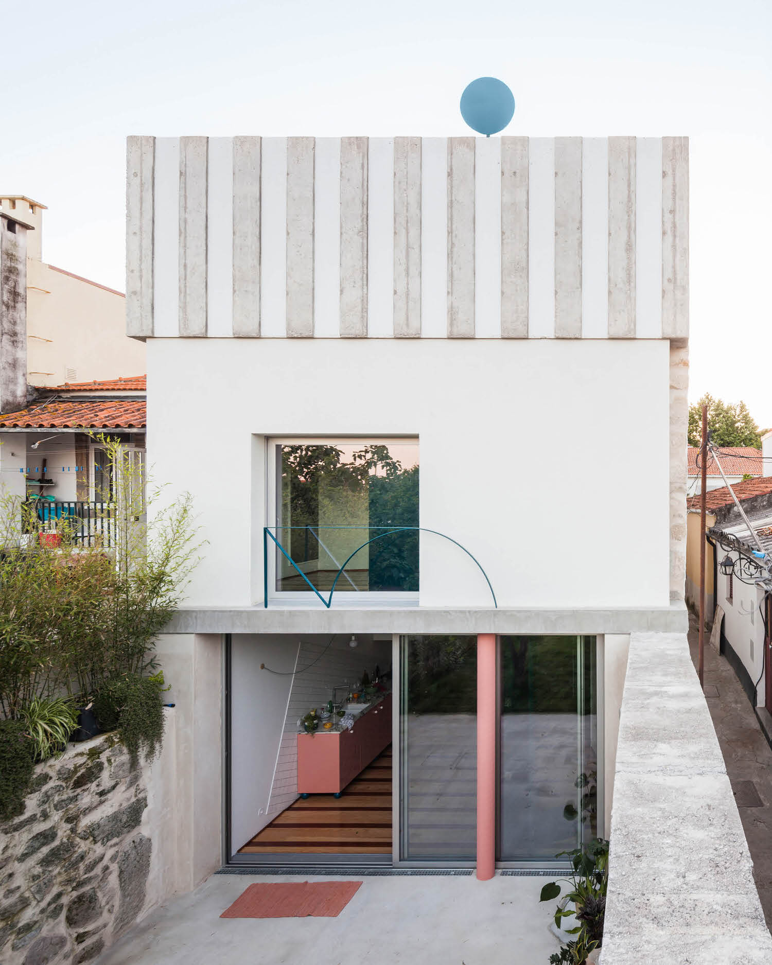 Project 057: House in Fontaínhas, Porto by Fala Atelier.