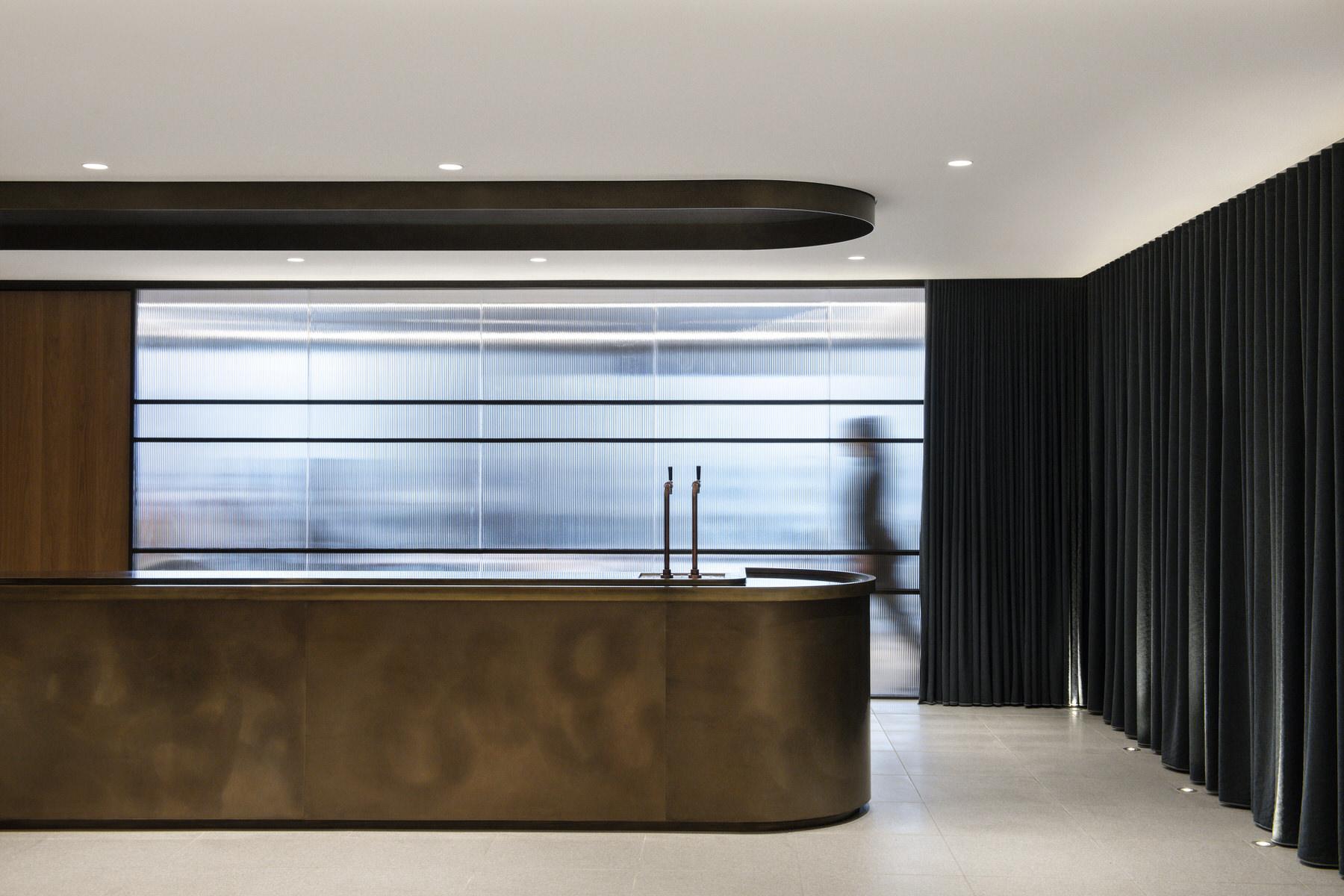 Carr, Norton Rose Fulbright Melbourne Law Office, Interior Design, Photo Nicole England | Yellowtrace