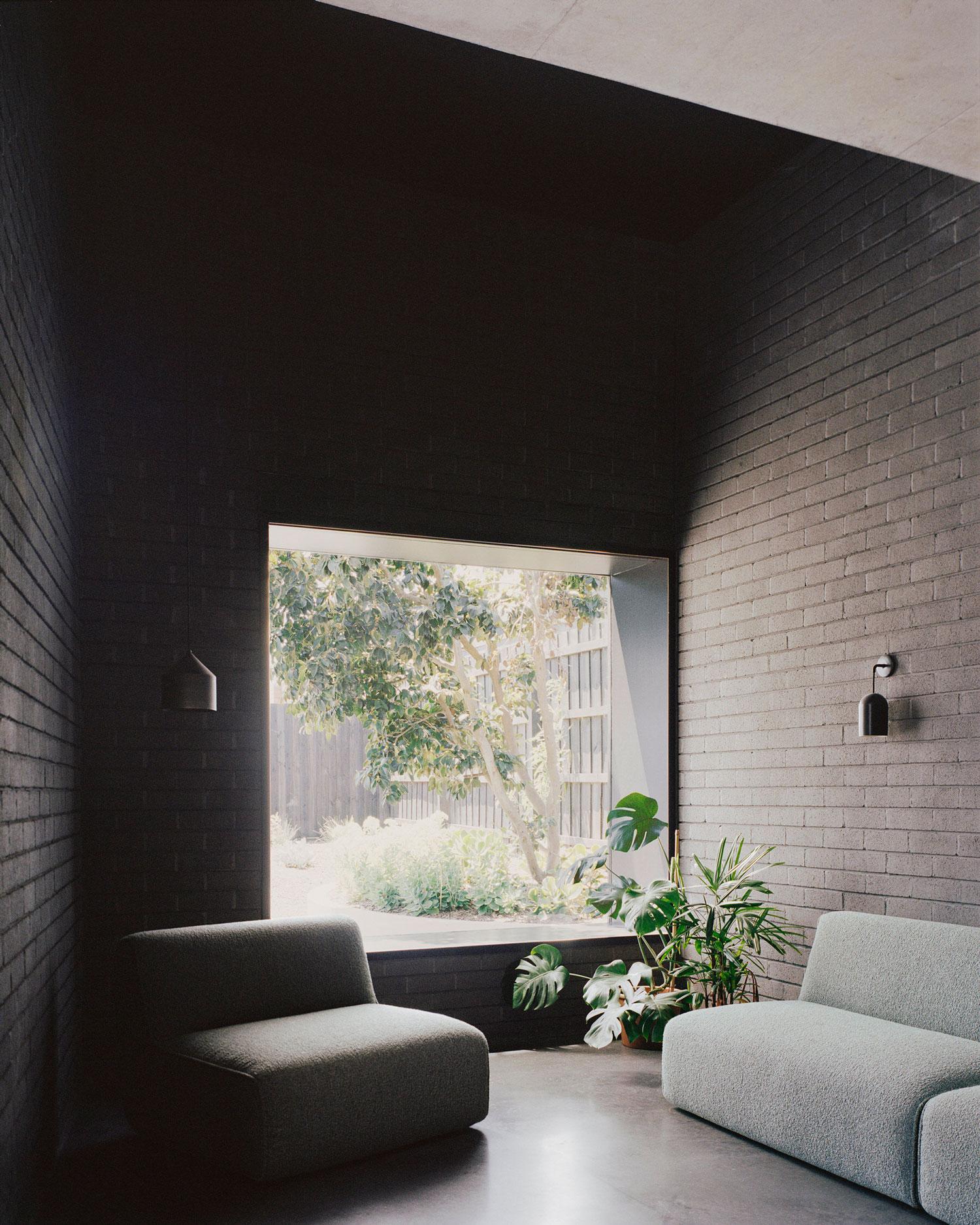 Clinker Brick House Melbourne, Studio Bright, Australian Architecture, Photo Rory Gardiner | Yellowtrace