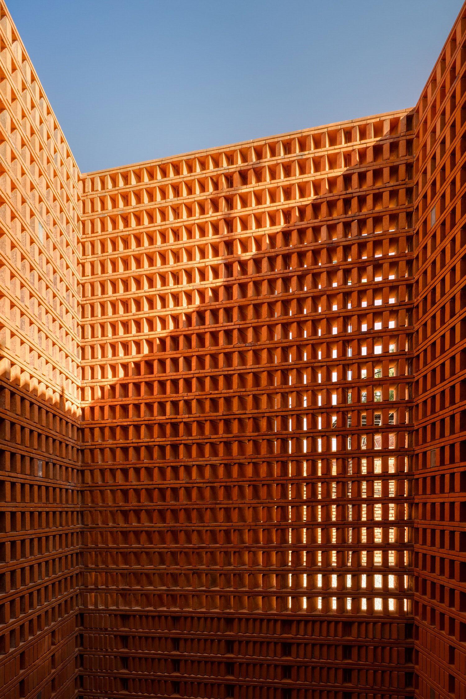 Iturbide Studio Mexico City Brick Architecture Taller Mauricio Rocha Gabriela Carrillo Yellowtrace 03